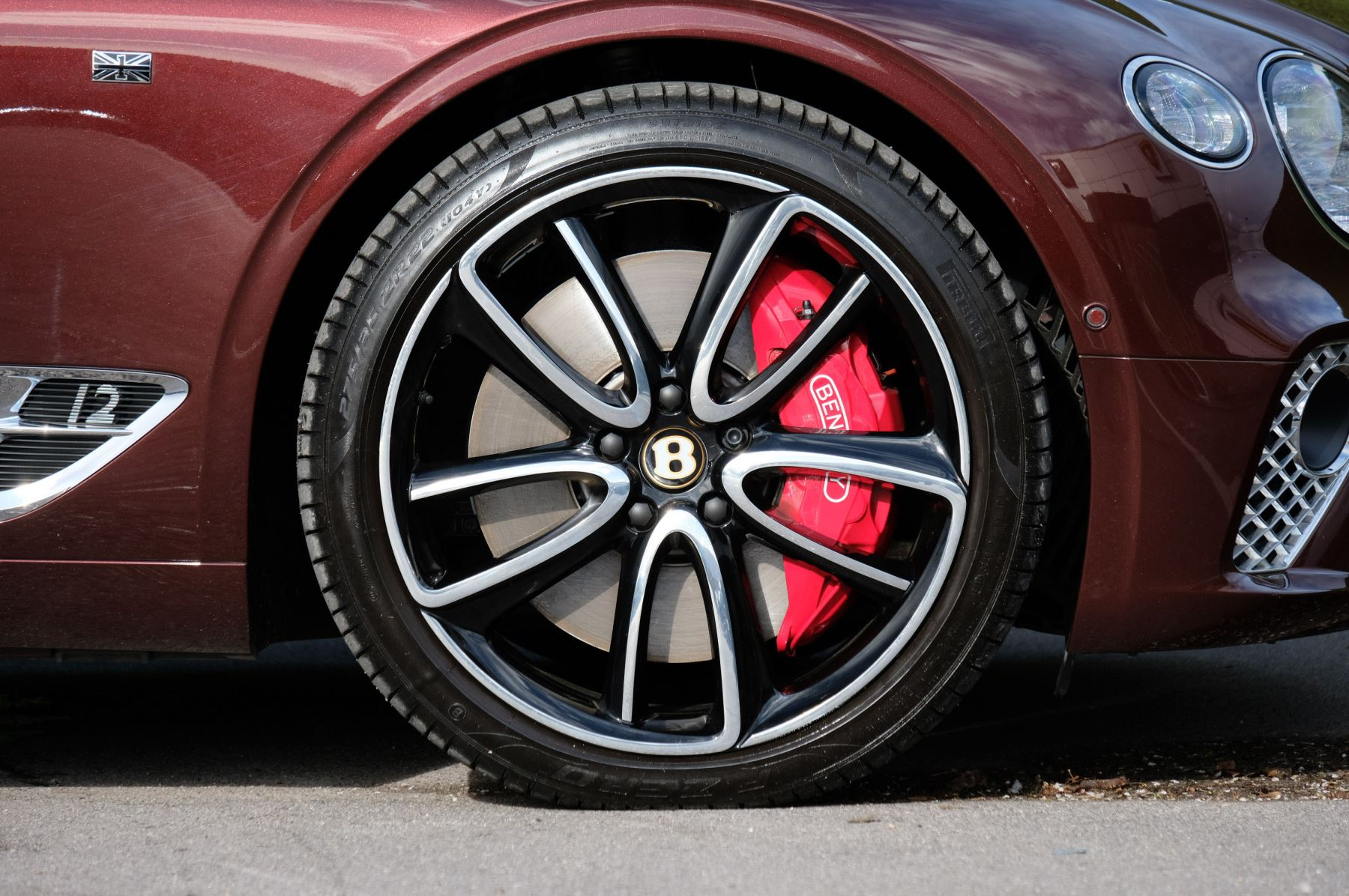 Bentley Continental GTC 6.0 W12 - First Edition Specification image 8
