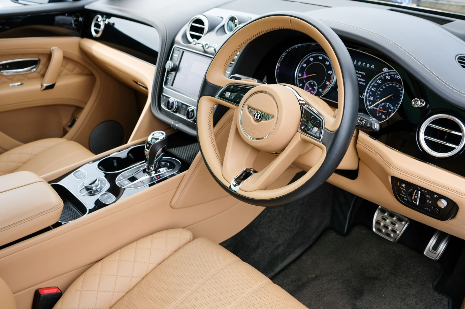 Bentley Bentayga 6.0 W12 5dr - Mulliner Driving Specification  image 12