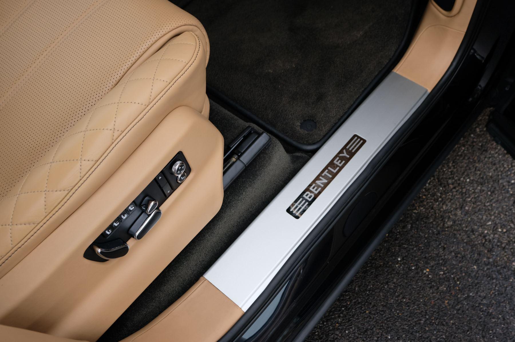 Bentley Bentayga 6.0 W12 5dr - Mulliner Driving Specification  image 19