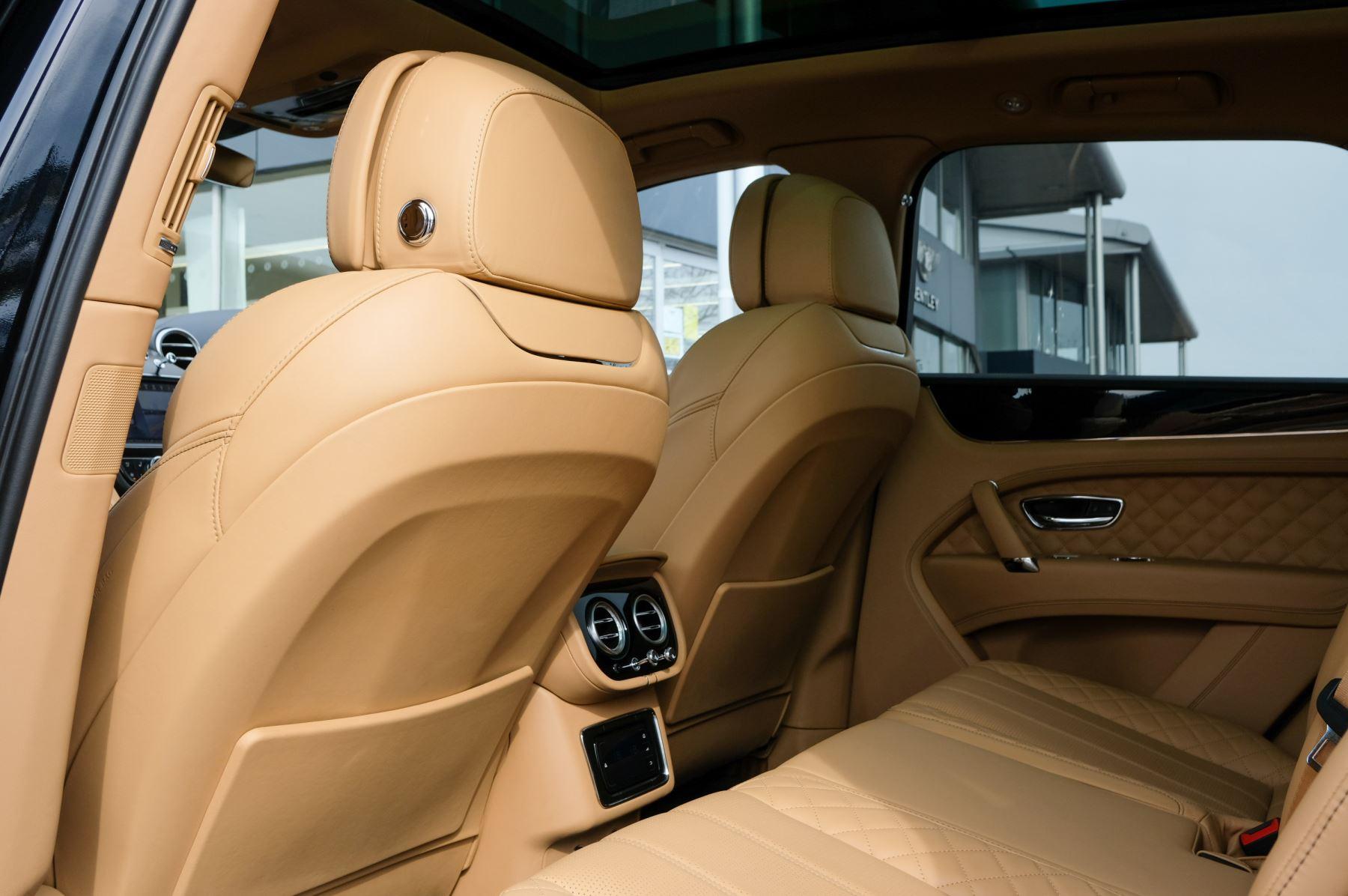 Bentley Bentayga 6.0 W12 5dr - Mulliner Driving Specification  image 14