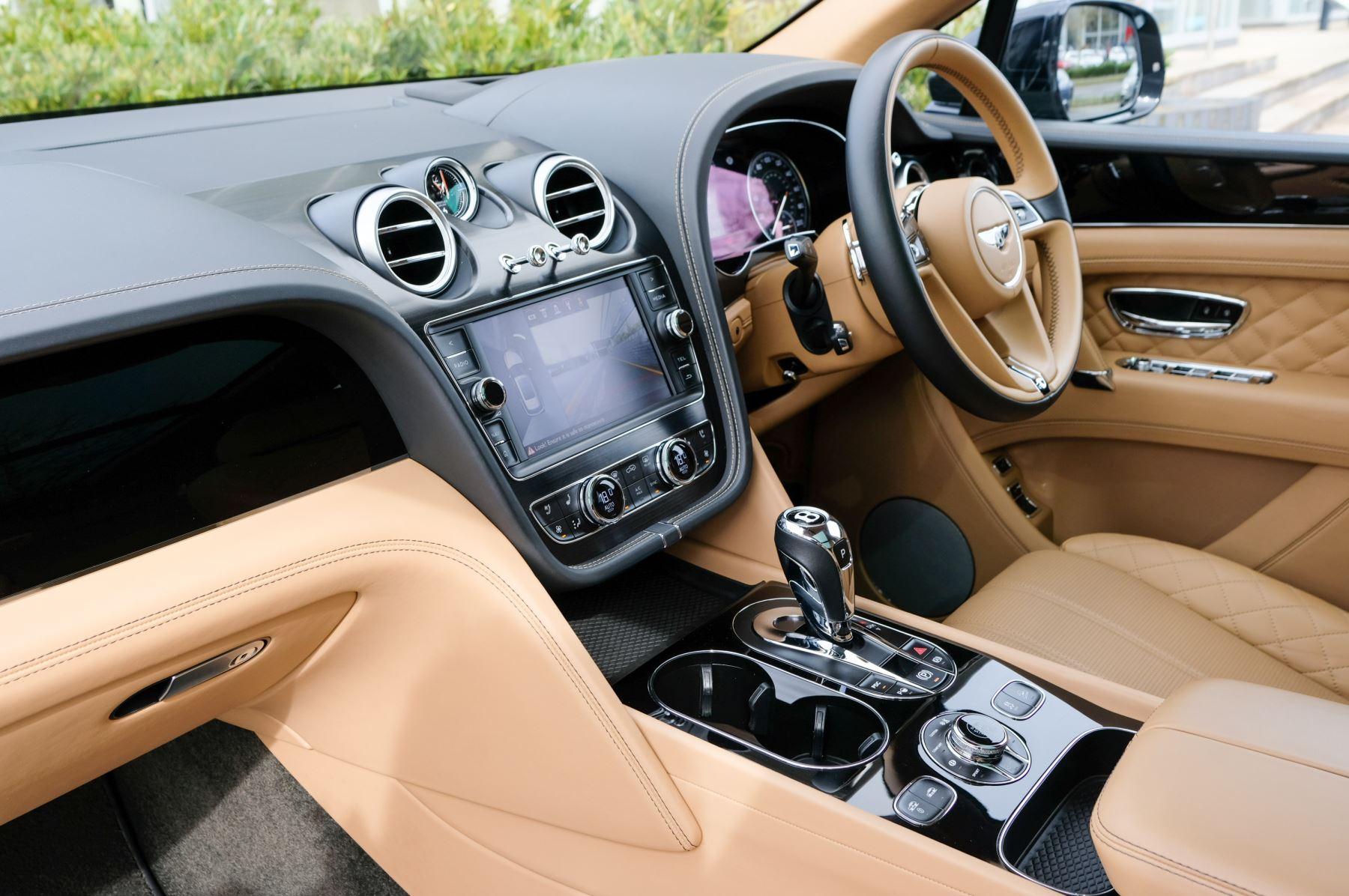 Bentley Bentayga 6.0 W12 5dr - Mulliner Driving Specification  image 11