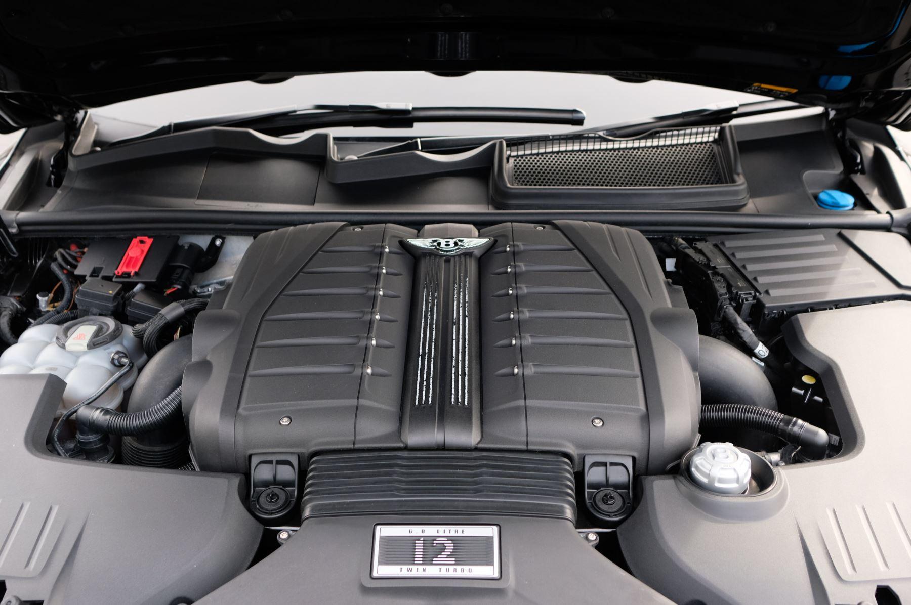 Bentley Bentayga 6.0 W12 5dr - Mulliner Driving Specification  image 10