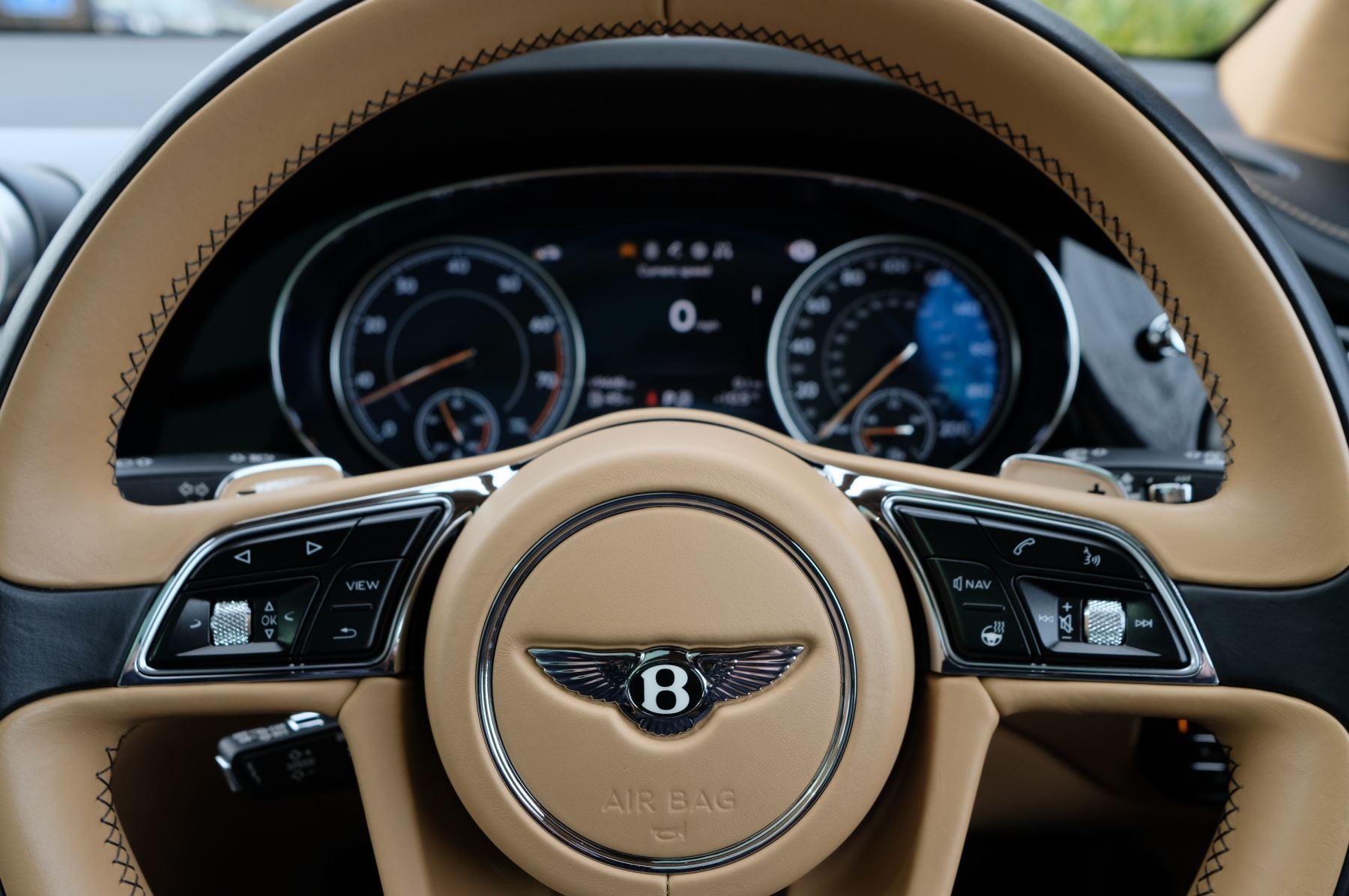 Bentley Bentayga 6.0 W12 5dr - Mulliner Driving Specification  image 16