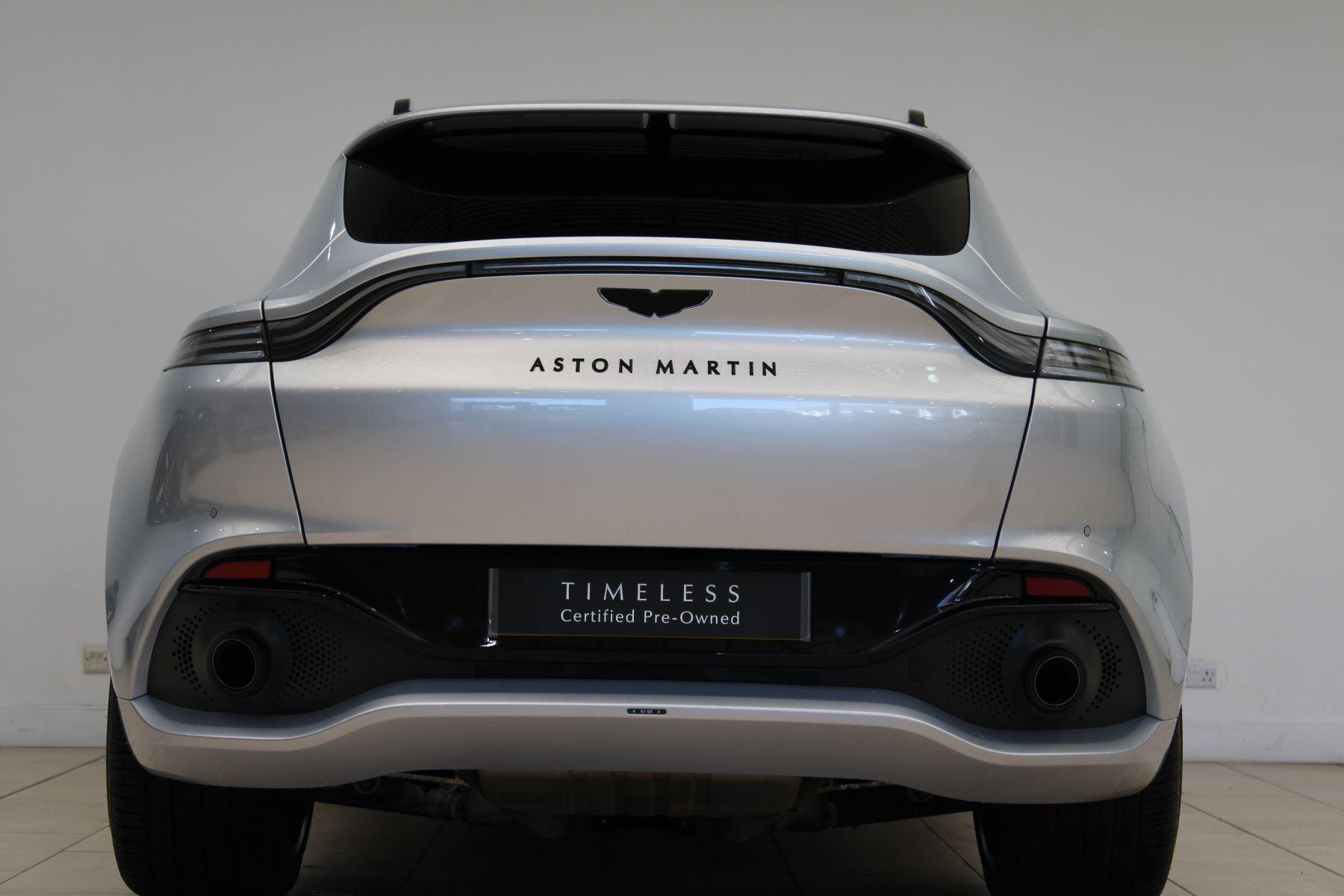 Aston Martin DBX V8 550 Touchtronic image 2