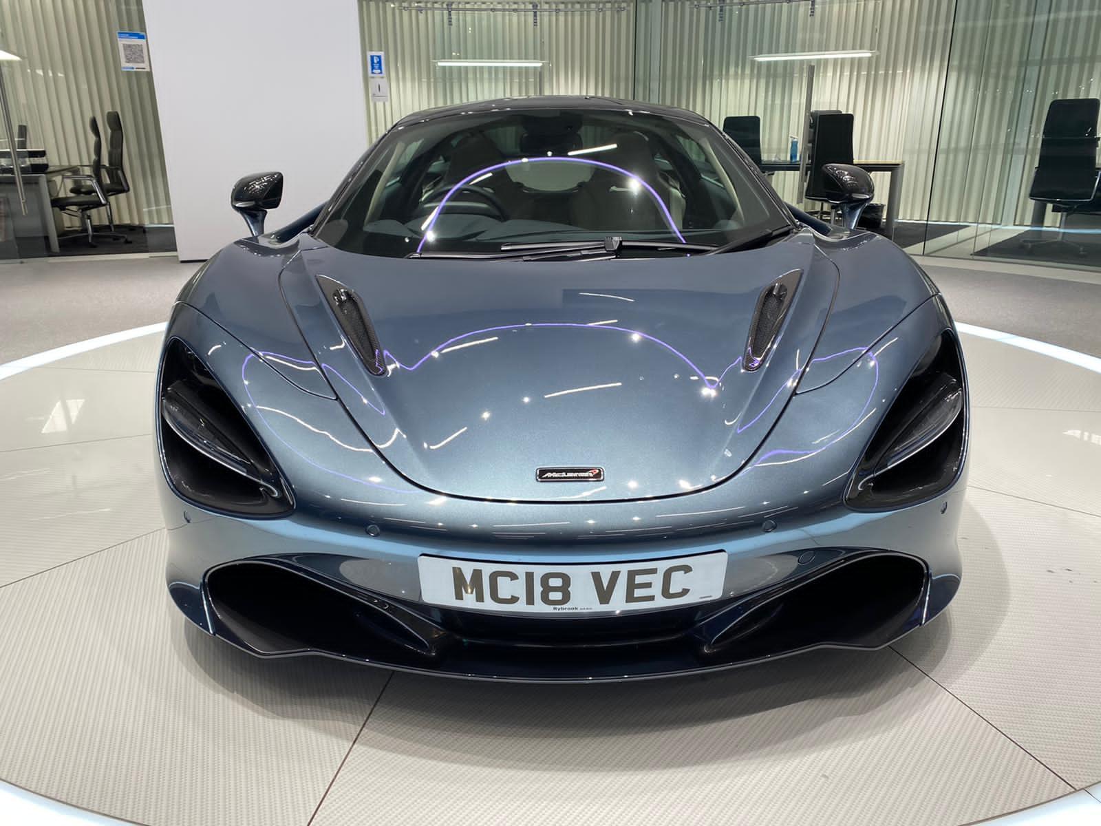 McLaren 720S V8 2dr SSG LUXURY image 4