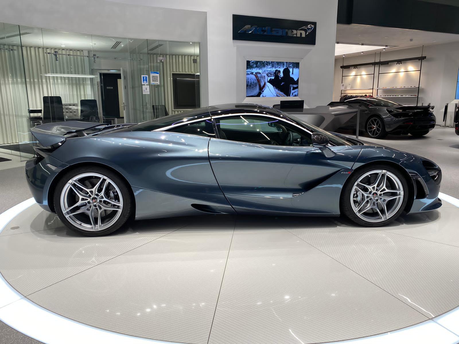 McLaren 720S V8 2dr SSG LUXURY image 5