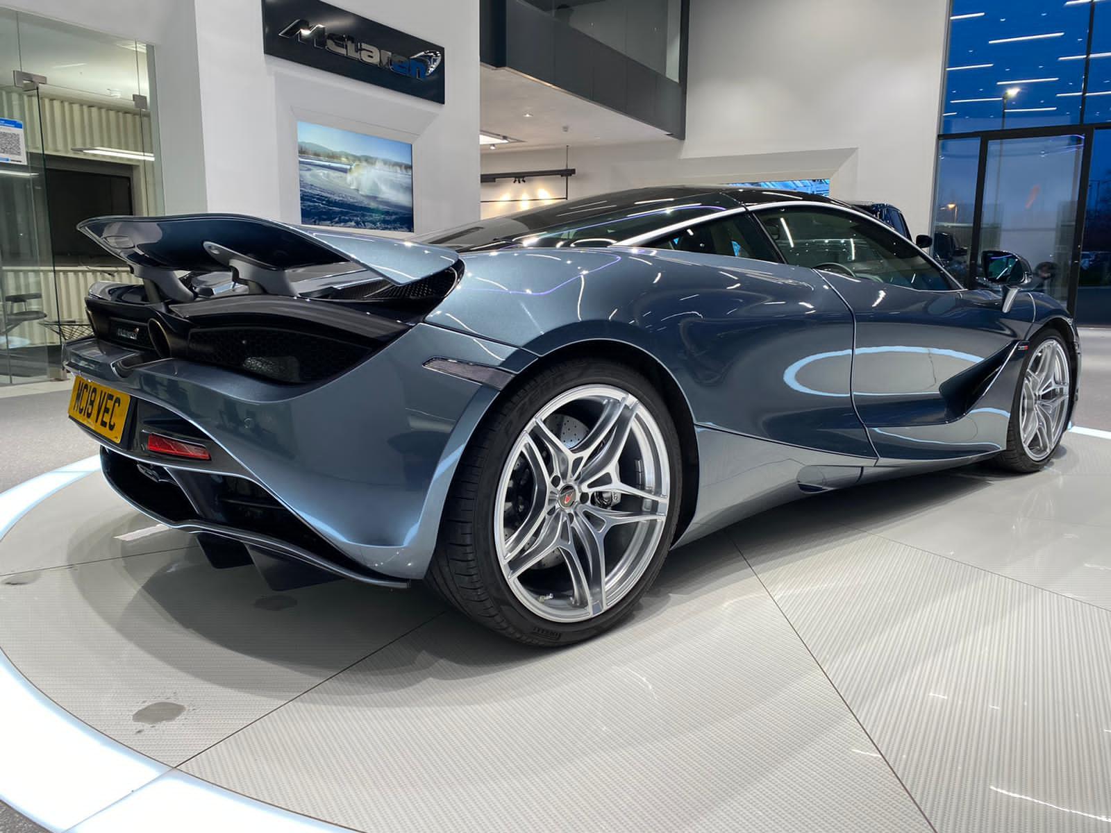 McLaren 720S V8 2dr SSG LUXURY image 6