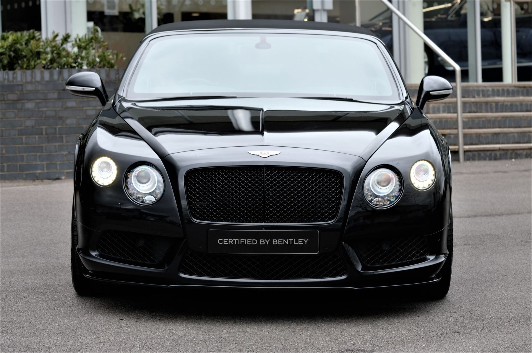 Bentley Continental GT V8 S Convertible Black Edition 4.0 V8 S 2dr - Concours Series  image 2