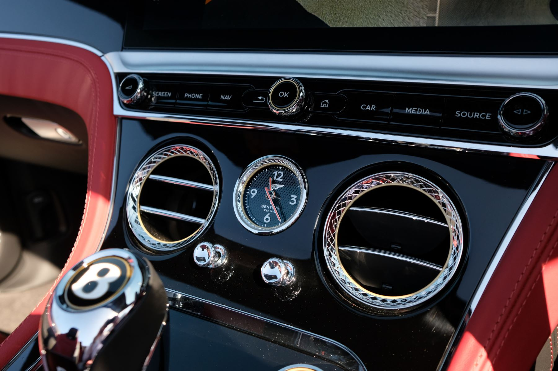 Bentley Continental GTC 6.0 W12 2dr image 22
