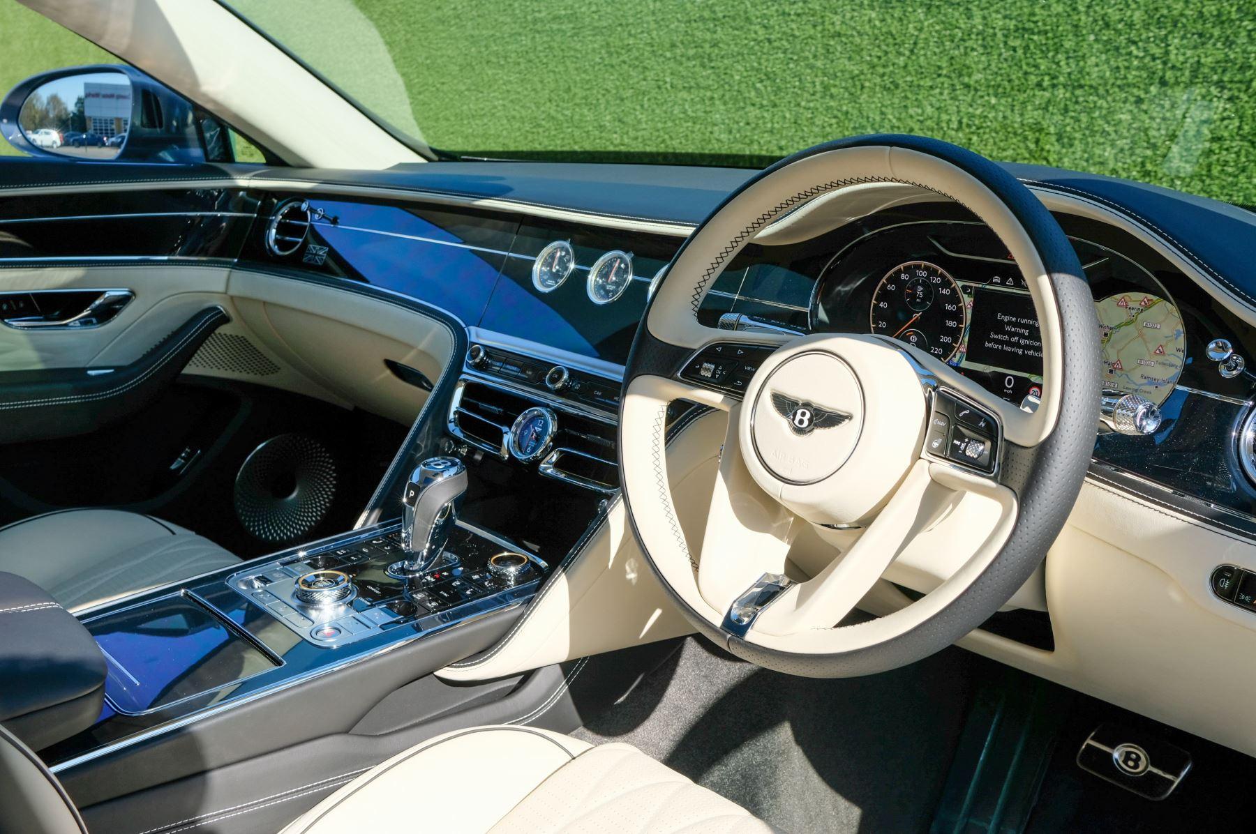 Bentley Flying Spur 6.0 W12 4dr image 13
