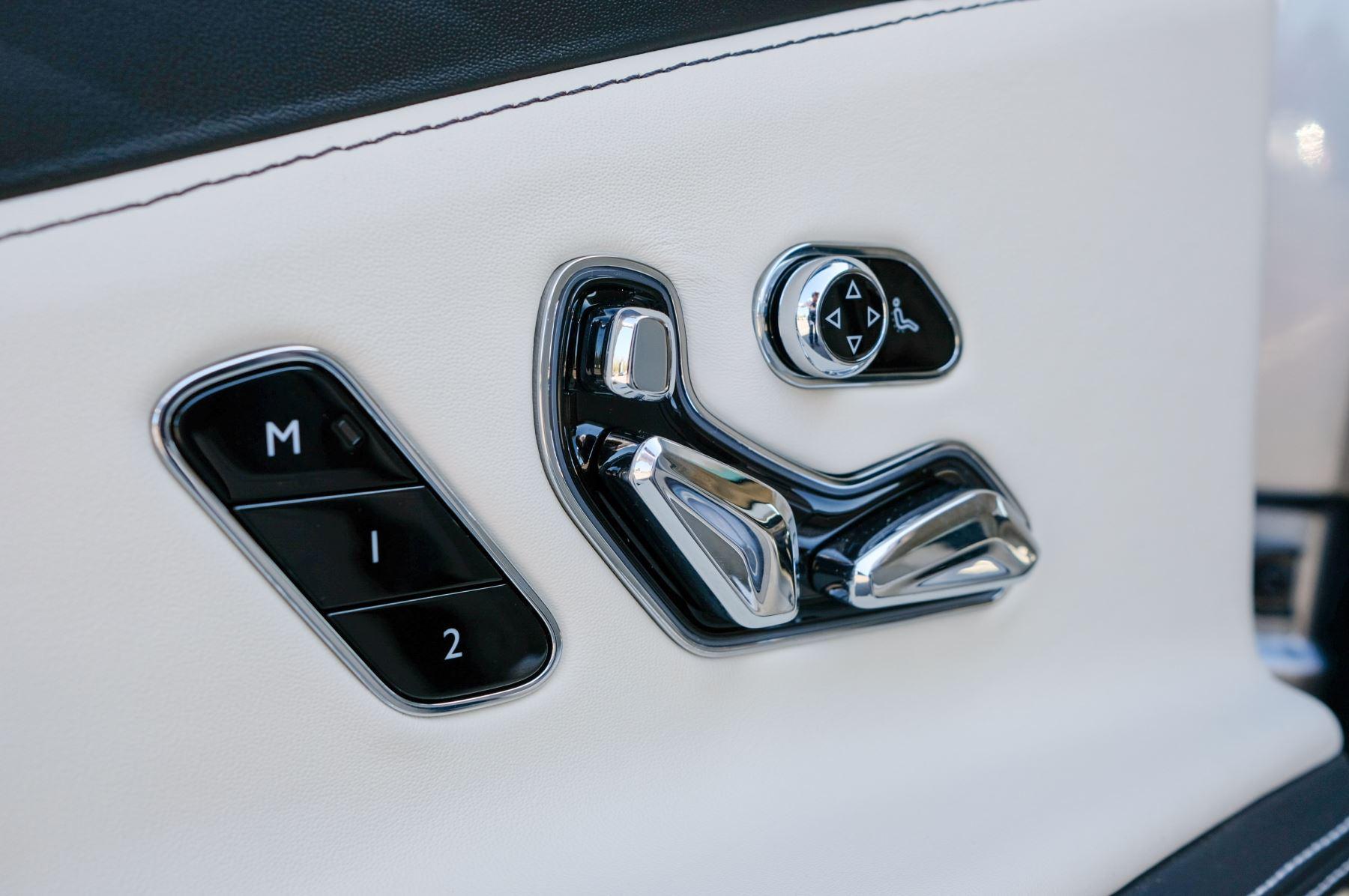 Bentley Flying Spur 6.0 W12 4dr image 24