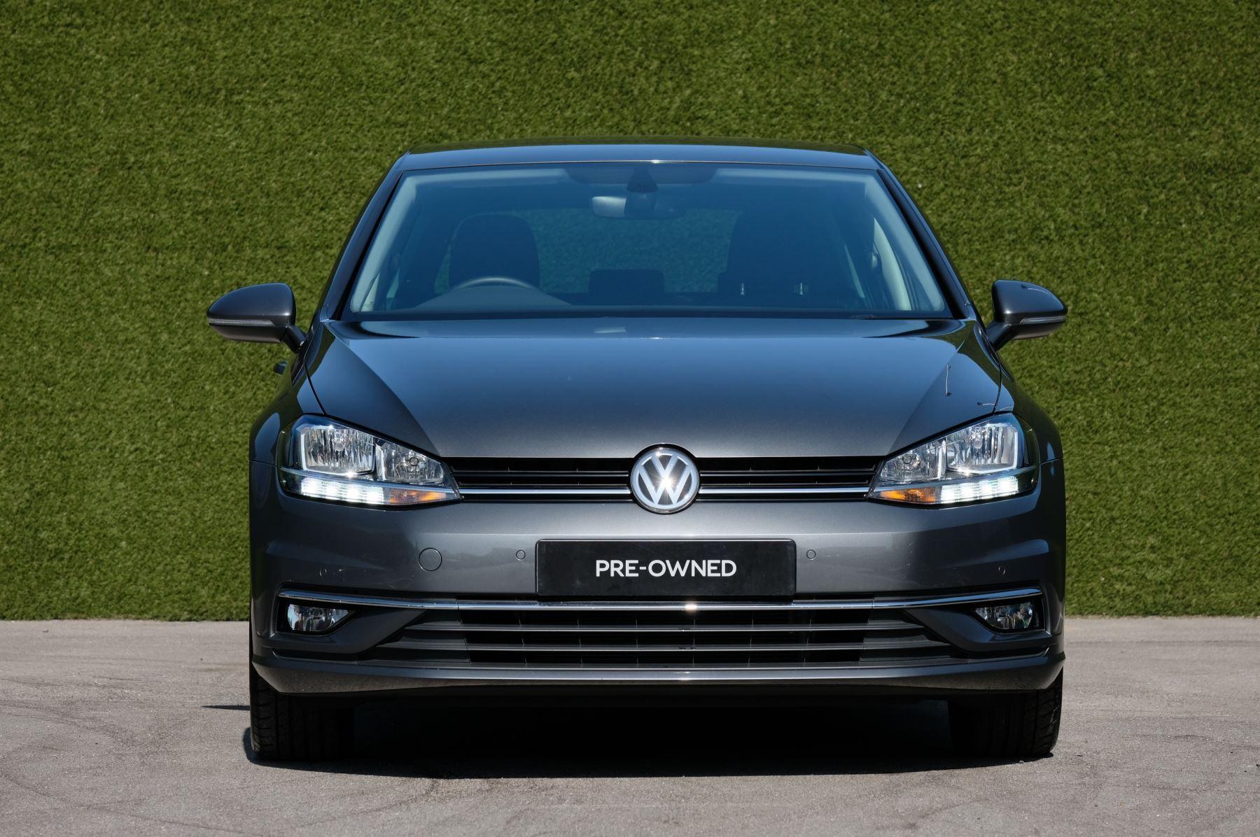 Volkswagen Golf 1.5 TSI EVO 150hp Match 5 Door DSG Auto with A/Con, Sat Nav, Alloys & Adaptive Cruise  image 3