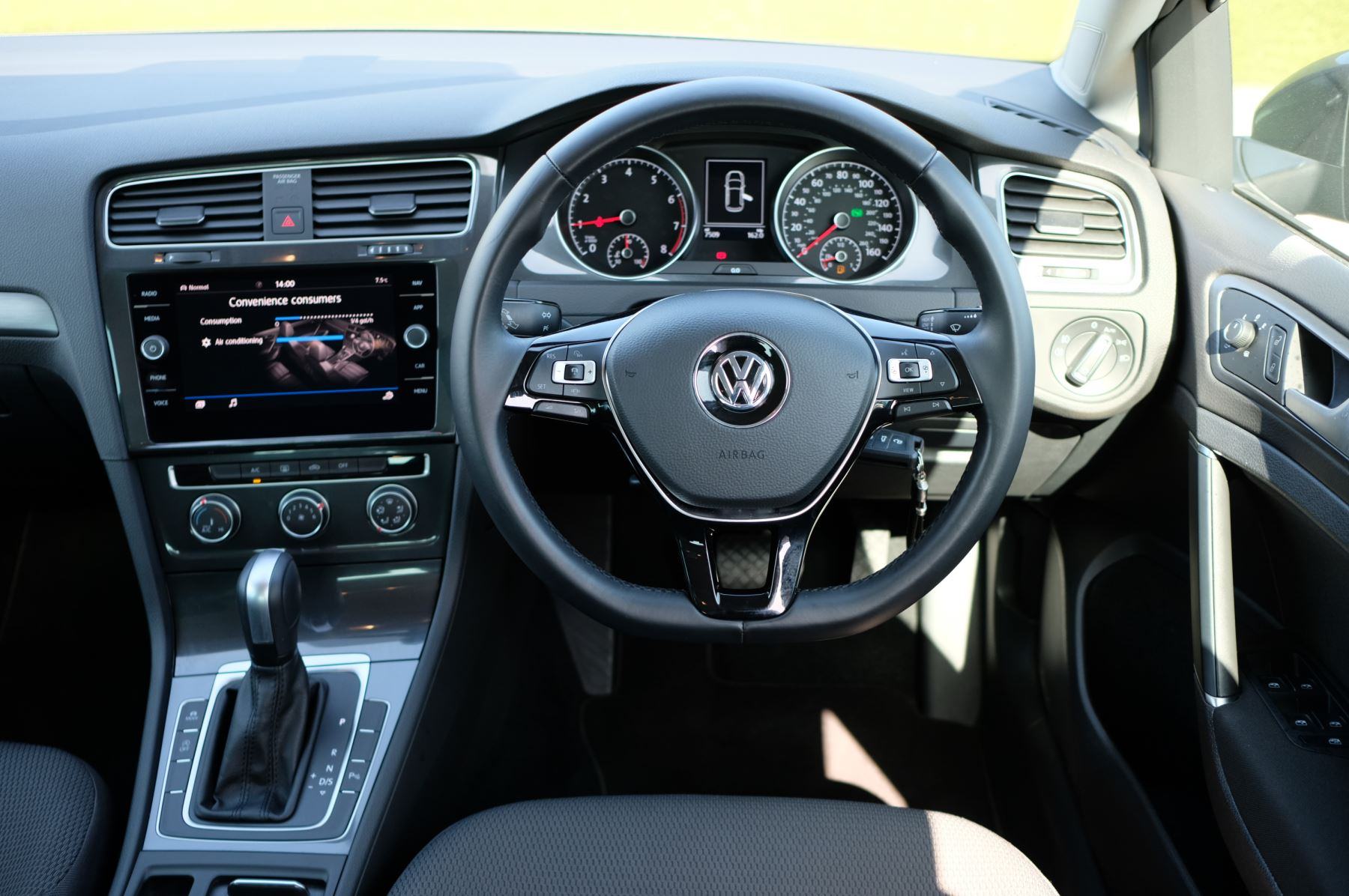 Volkswagen Golf 1.5 TSI EVO 150hp Match 5 Door DSG Auto with A/Con, Sat Nav, Alloys & Adaptive Cruise  image 11