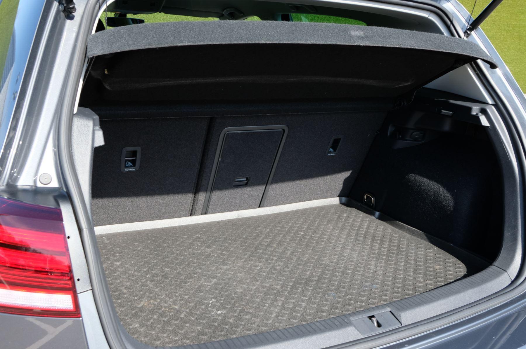 Volkswagen Golf 1.5 TSI EVO 150hp Match 5 Door DSG Auto with A/Con, Sat Nav, Alloys & Adaptive Cruise  image 12