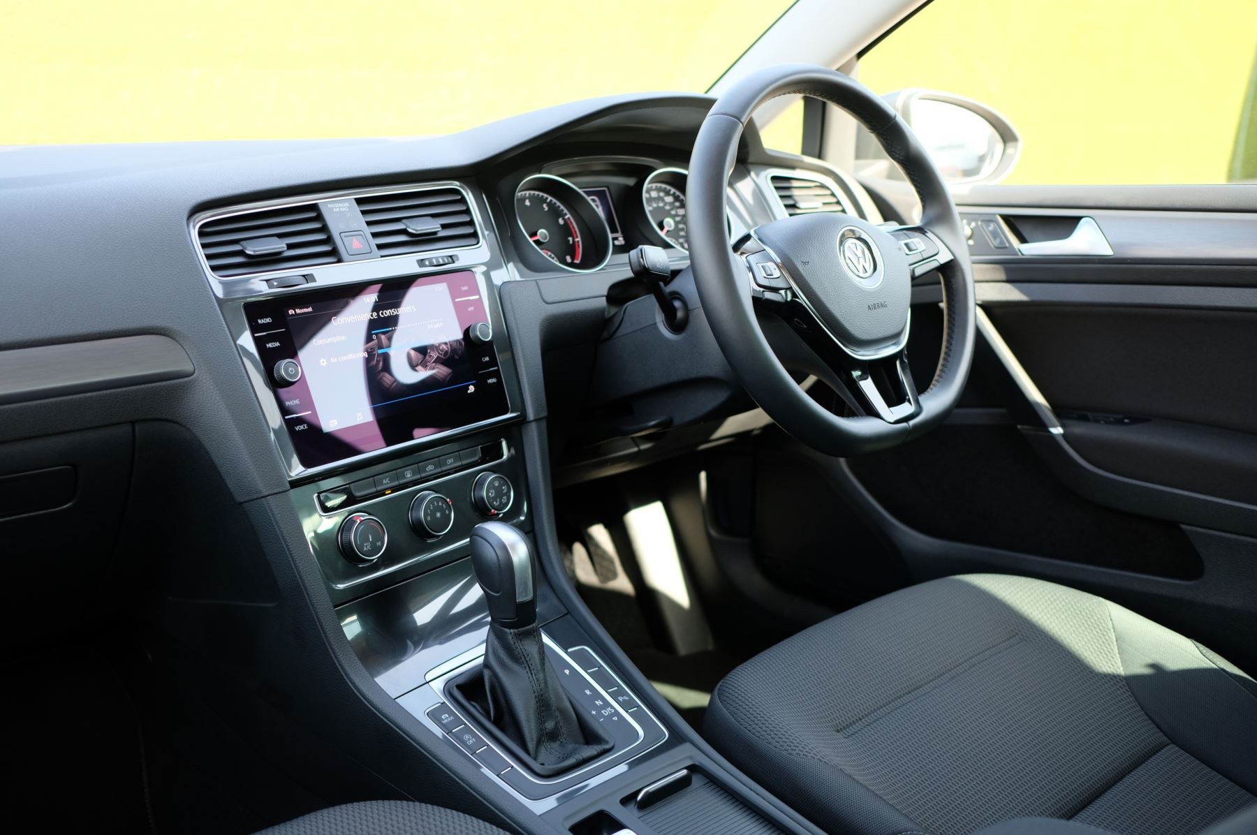 Volkswagen Golf 1.5 TSI EVO 150hp Match 5 Door DSG Auto with A/Con, Sat Nav, Alloys & Adaptive Cruise  image 14