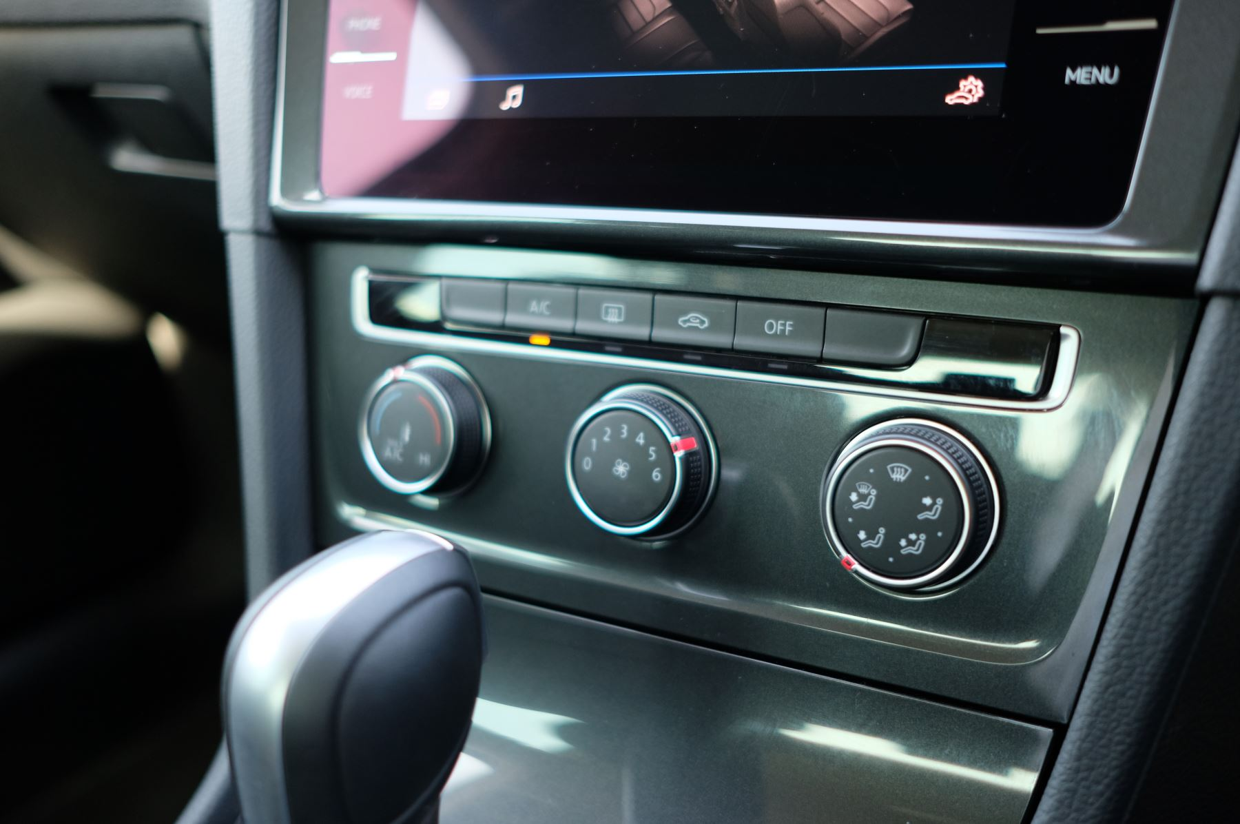 Volkswagen Golf 1.5 TSI EVO 150hp Match 5 Door DSG Auto with A/Con, Sat Nav, Alloys & Adaptive Cruise  image 19