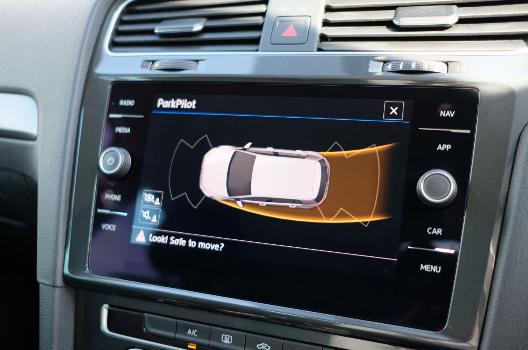 Volkswagen Golf 1.5 TSI EVO 150hp Match 5 Door DSG Auto with A/Con, Sat Nav, Alloys & Adaptive Cruise  image 26