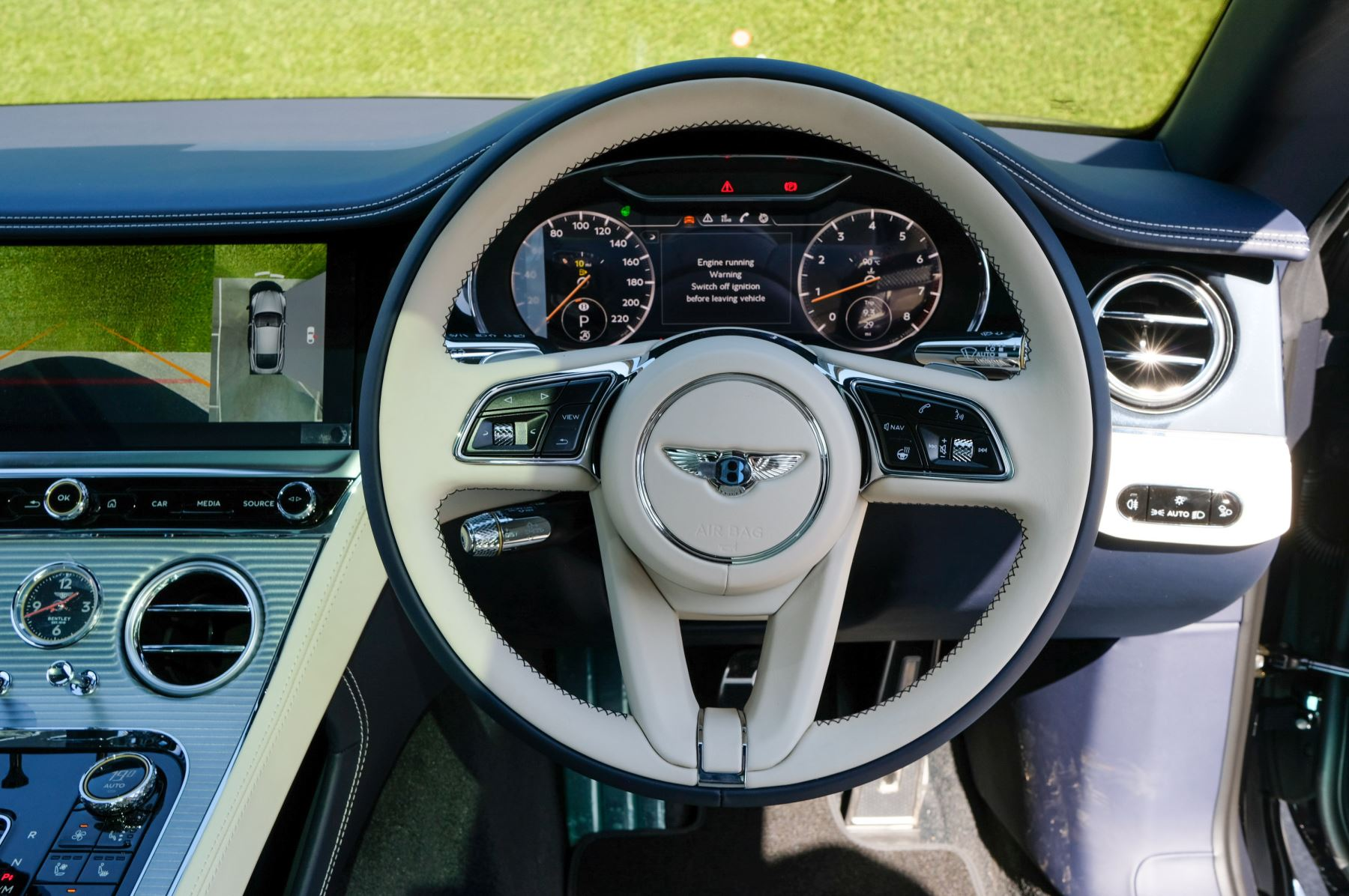 Bentley Continental GT 4.0 V8 Mulliner Edition 2dr Auto - City Specification - Panoramic Glass Roof image 13