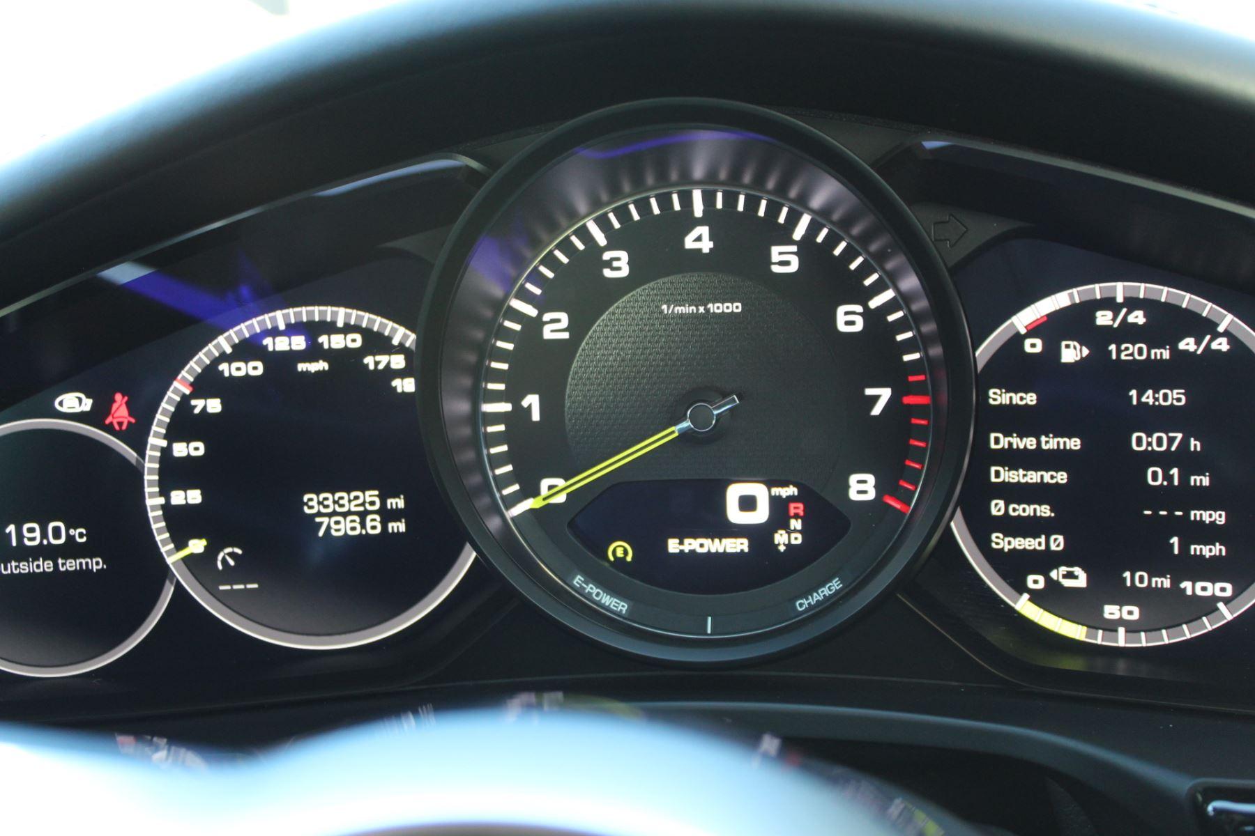 Porsche Panamera 2.9 V6 4 E-Hybrid PDK image 11