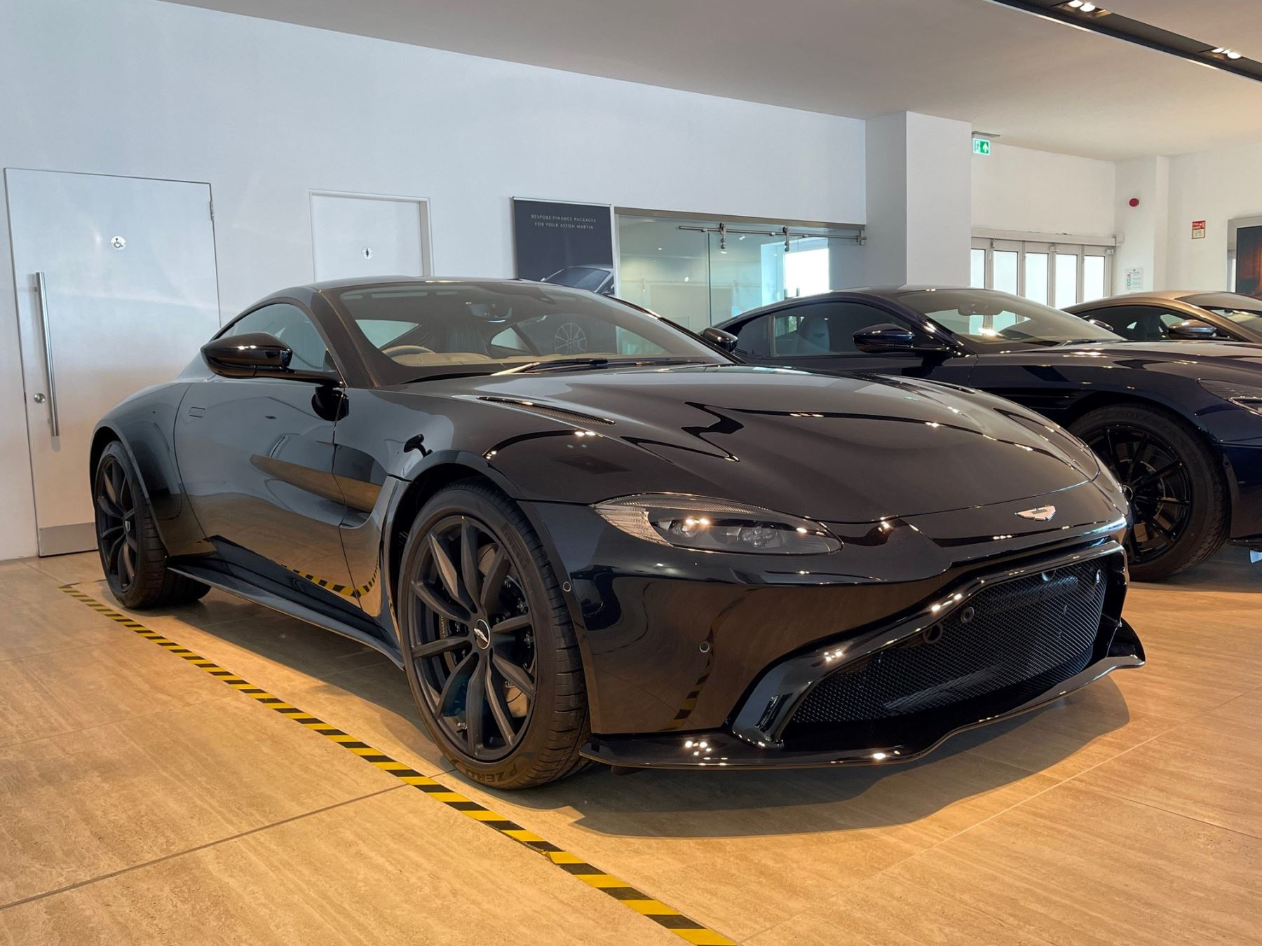 Aston Martin V8 Vantage 2dr 4.0 Automatic Coupe