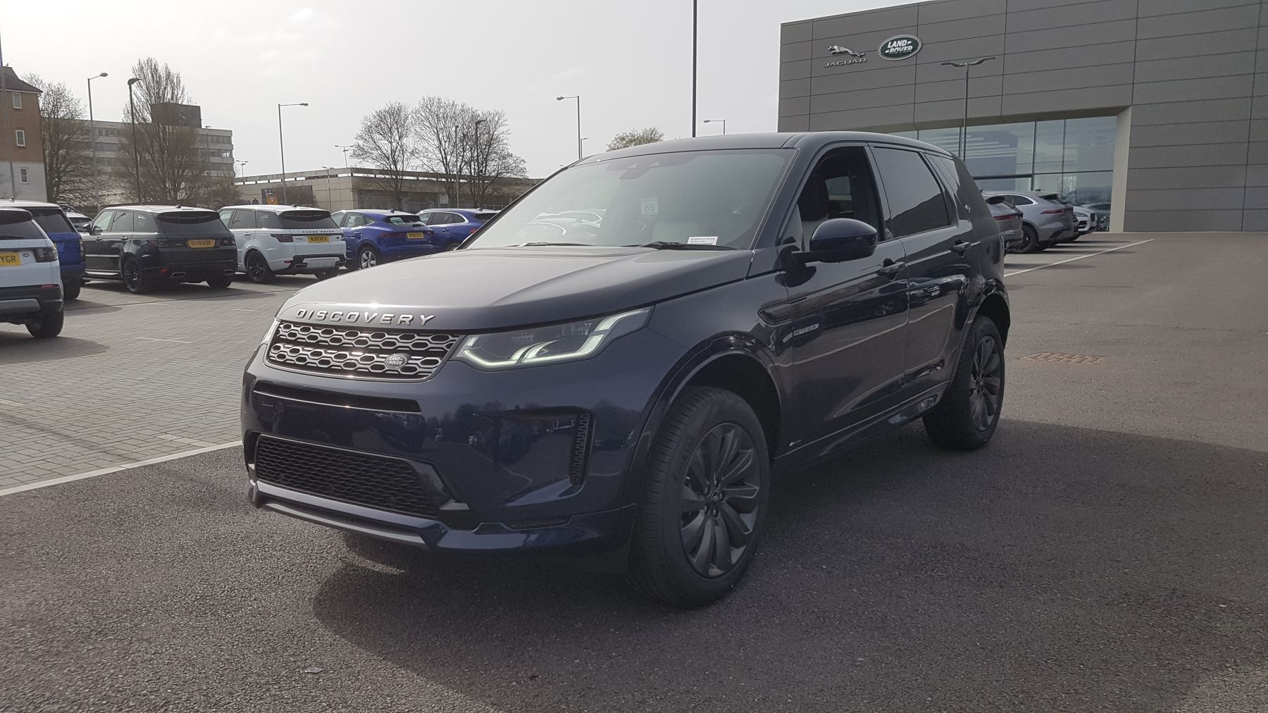 Land Rover Discovery Sport 2.0 D180 R-Dynamic SE Diesel Automatic 5 door Estate
