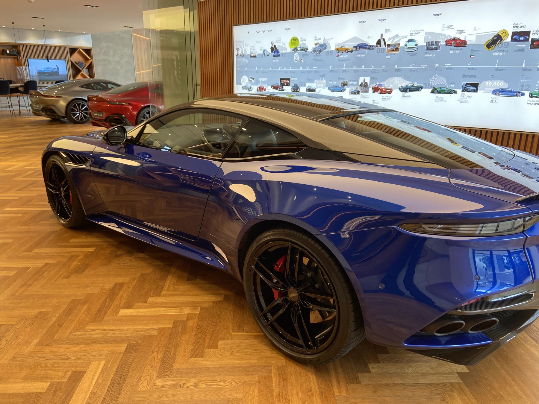 Aston Martin DBS V12 Superleggera 2dr Touchtronic image 4