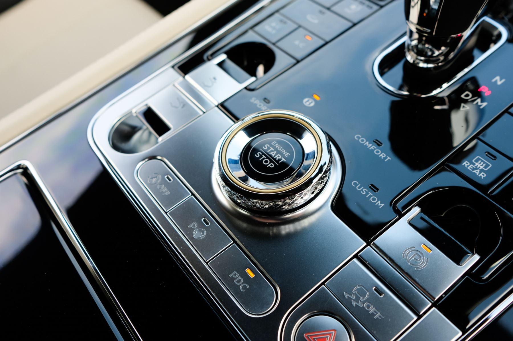 Bentley Continental GT 4.0 V8 2dr image 24