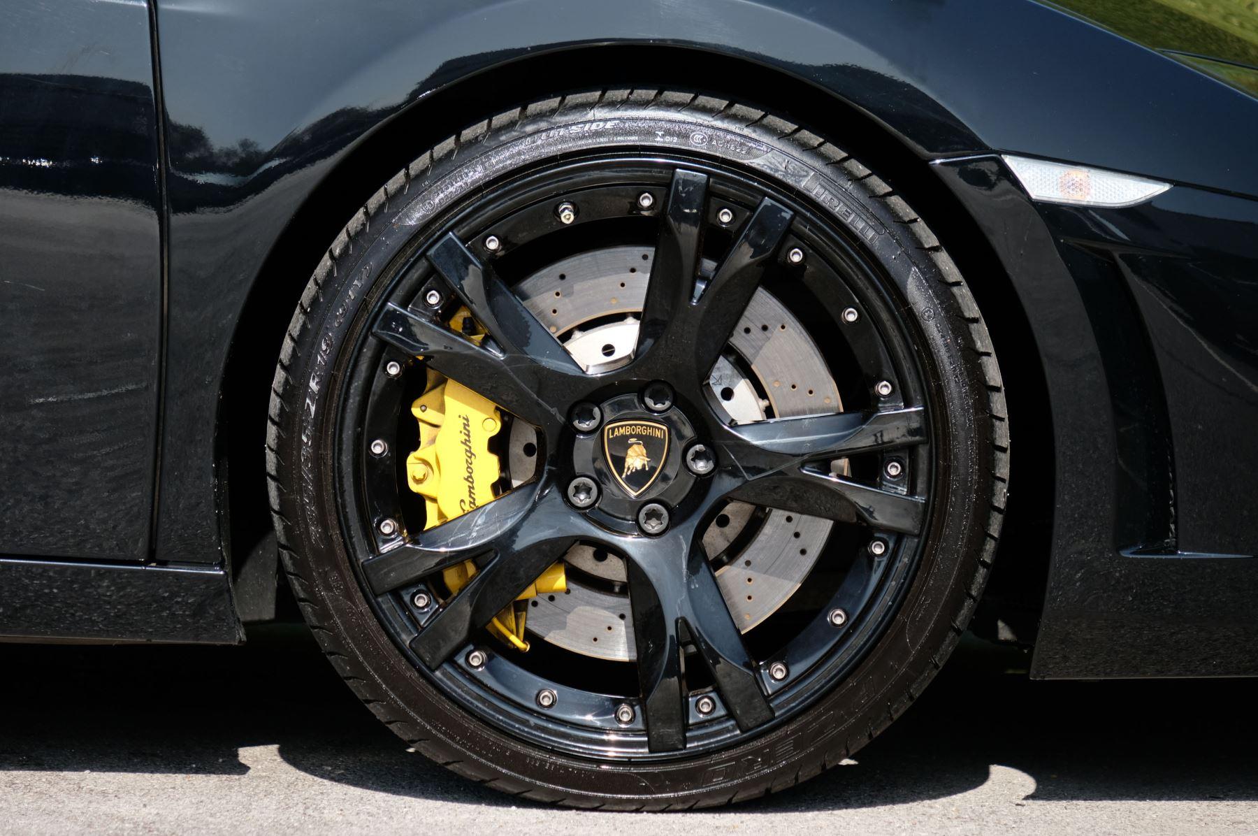 Lamborghini Gallardo LP 560-4 Spyder image 9