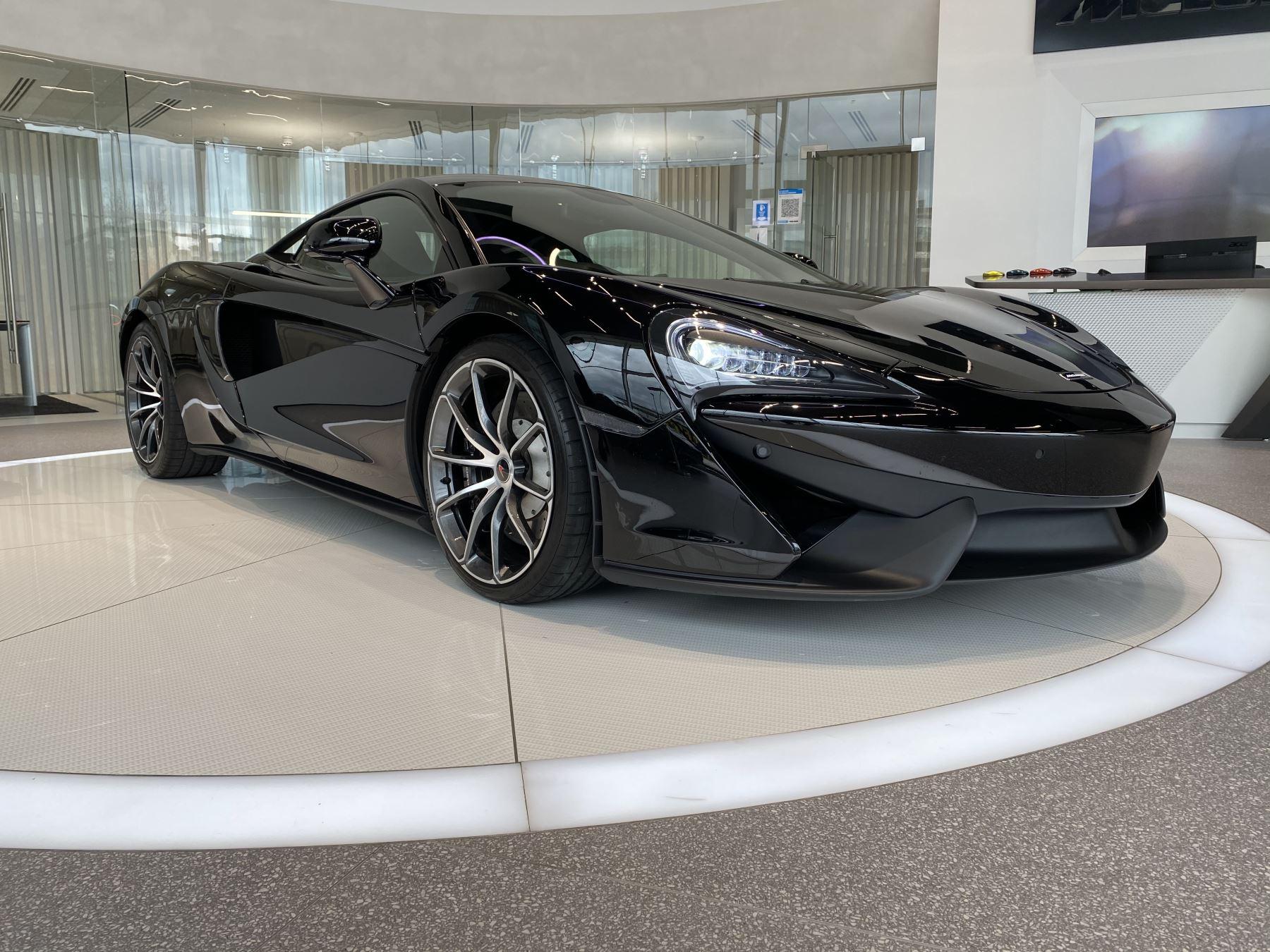 McLaren 540C V8 2dr SSG image 2