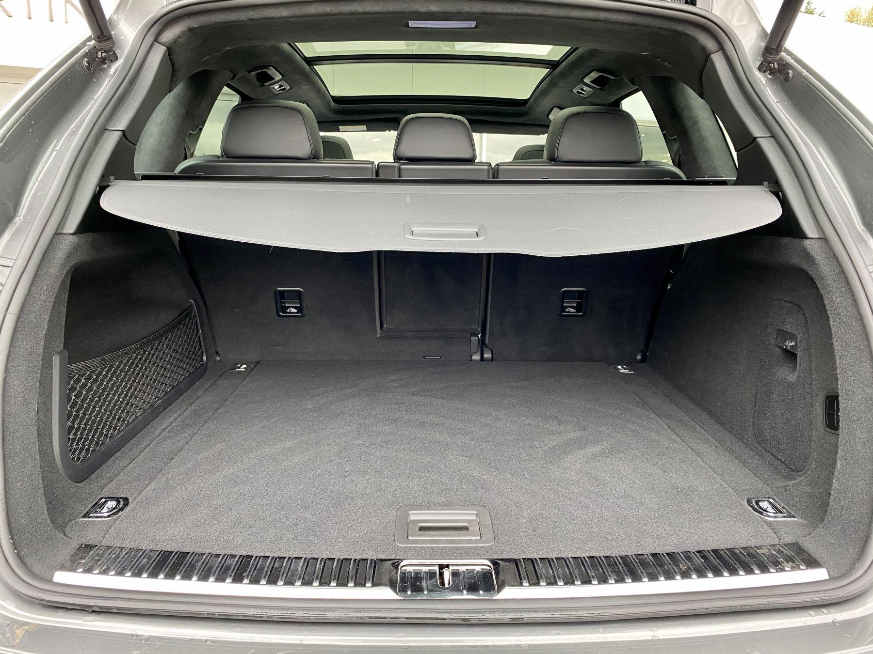 Porsche Cayenne Turbo 5dr Tiptronic S image 16