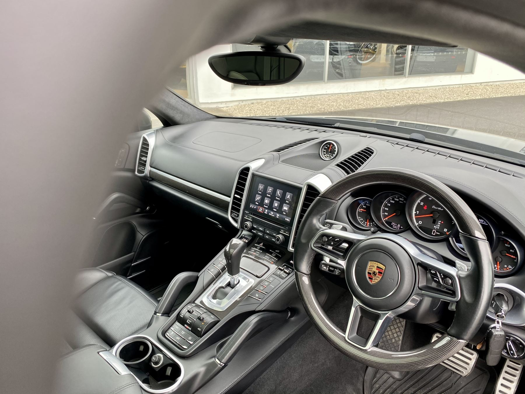 Porsche Cayenne Turbo 5dr Tiptronic S image 10