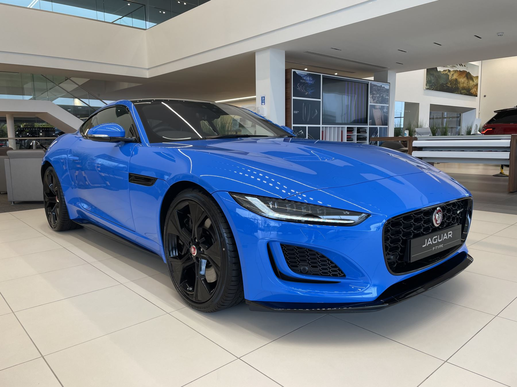 Jaguar F-TYPE 5.0 P450 Supercharged V8 Reims Edition 2dr Auto image 1