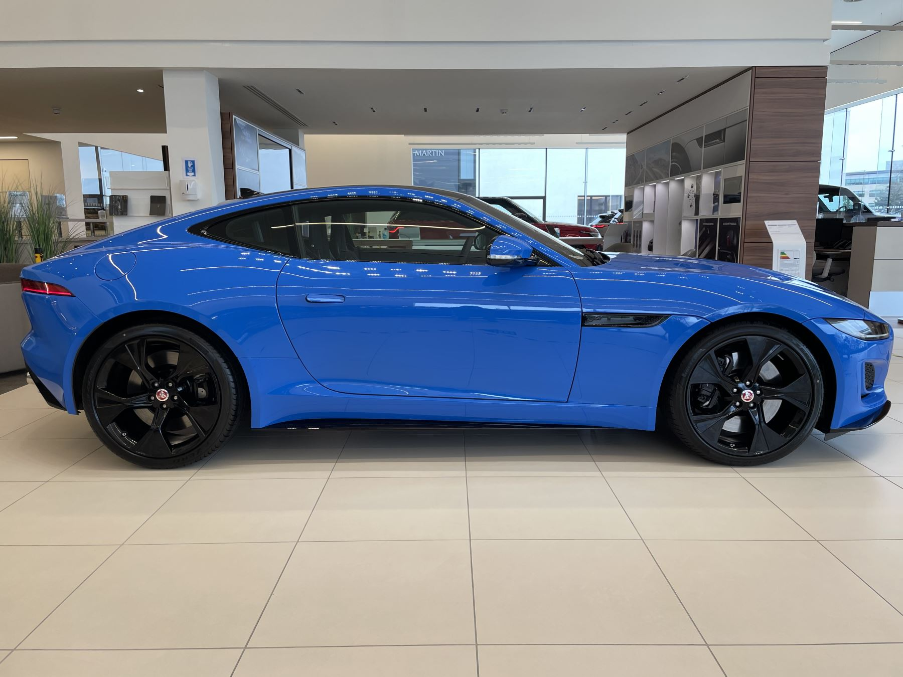 Jaguar F-TYPE 5.0 P450 Supercharged V8 Reims Edition 2dr Auto image 2
