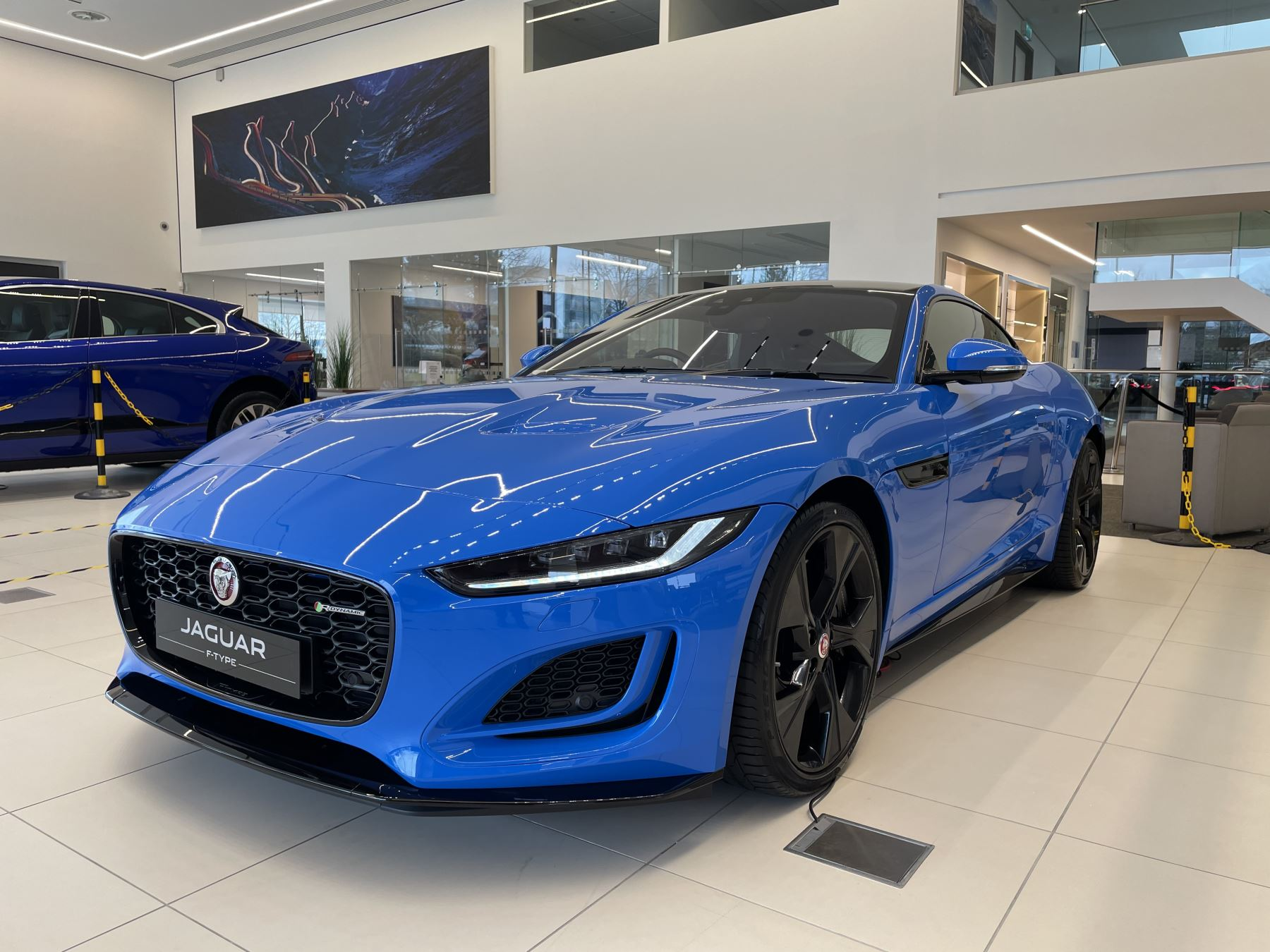 Jaguar F-TYPE 5.0 P450 Supercharged V8 Reims Edition 2dr Auto image 5