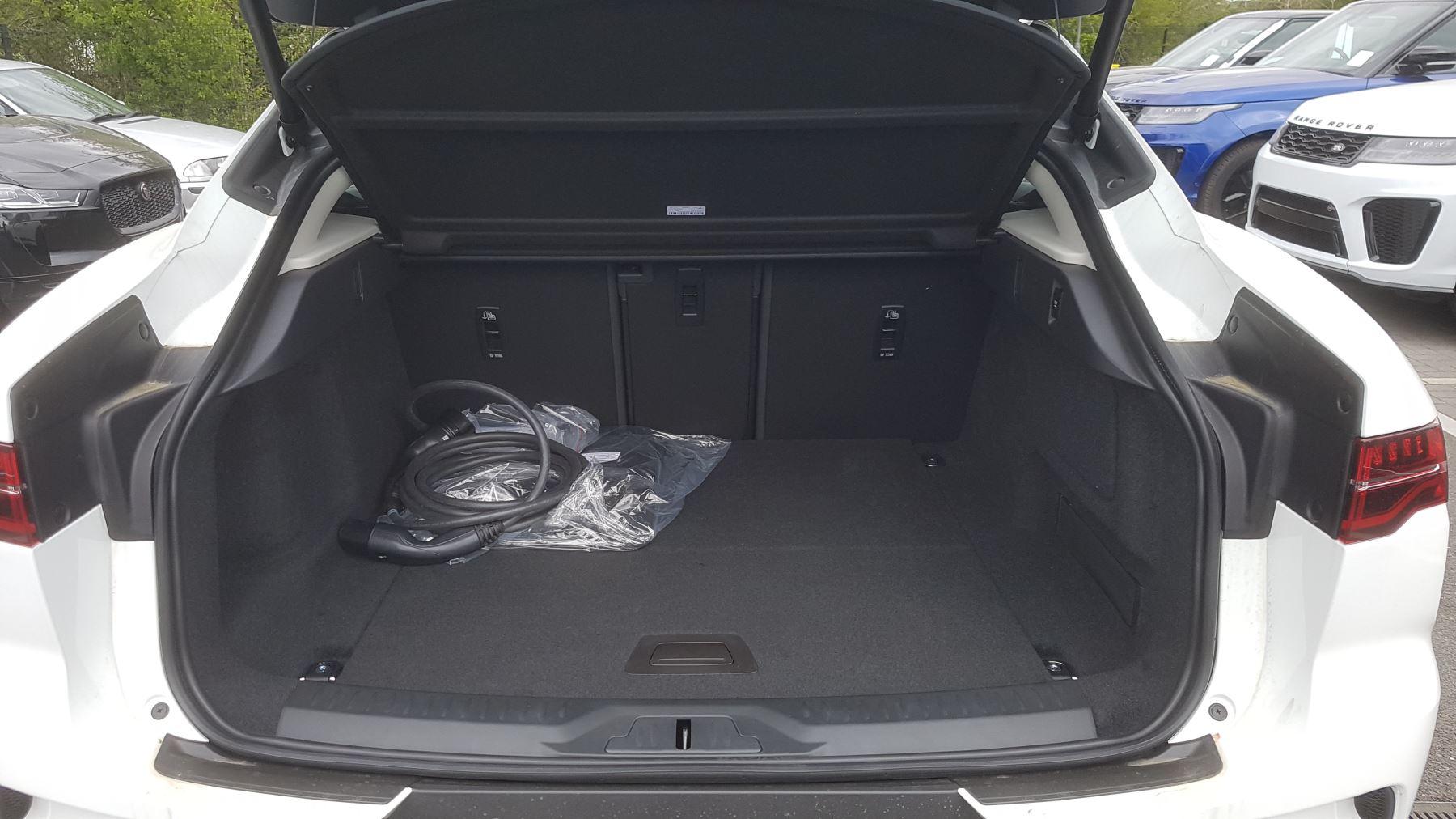 Jaguar I-PACE 294kW EV400 SE 90kWh [11kW Charger] image 20