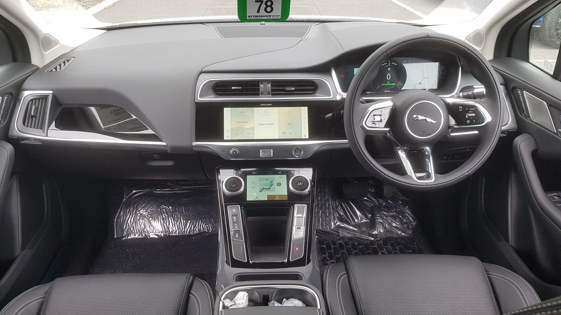 Jaguar I-PACE 294kW EV400 SE 90kWh [11kW Charger] image 8