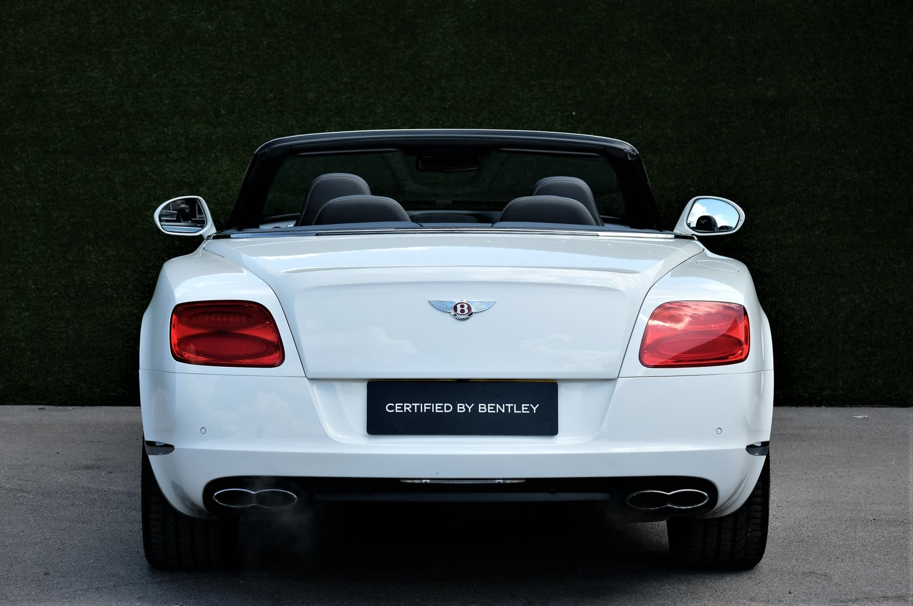 Bentley Continental GTC 4.0 V8 - Sports and Colour Specification image 4