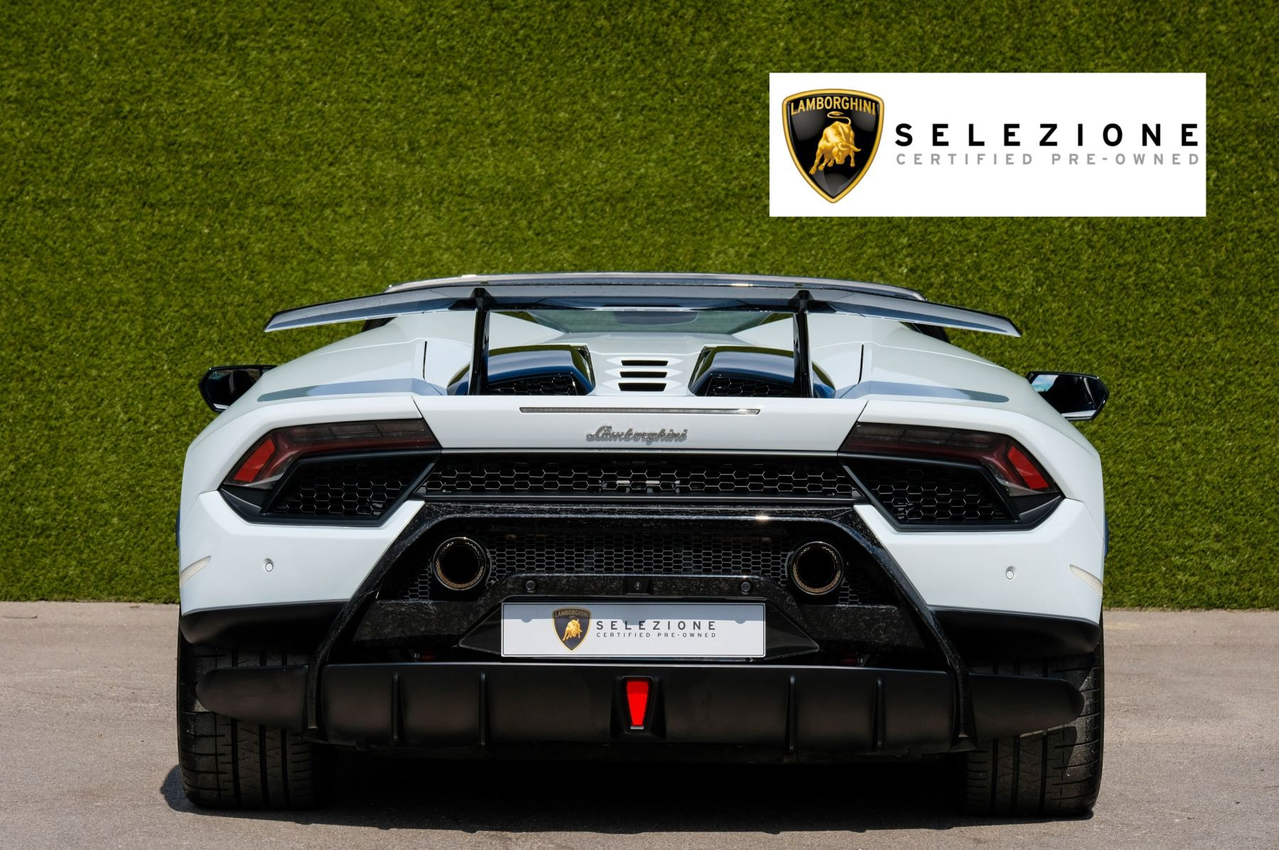 Lamborghini Huracan Performante Spyder 5.2 V10 AWD image 4
