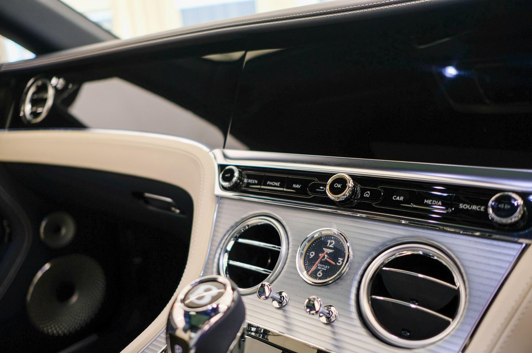 Bentley Continental GT 4.0 V8 2dr Auto image 19