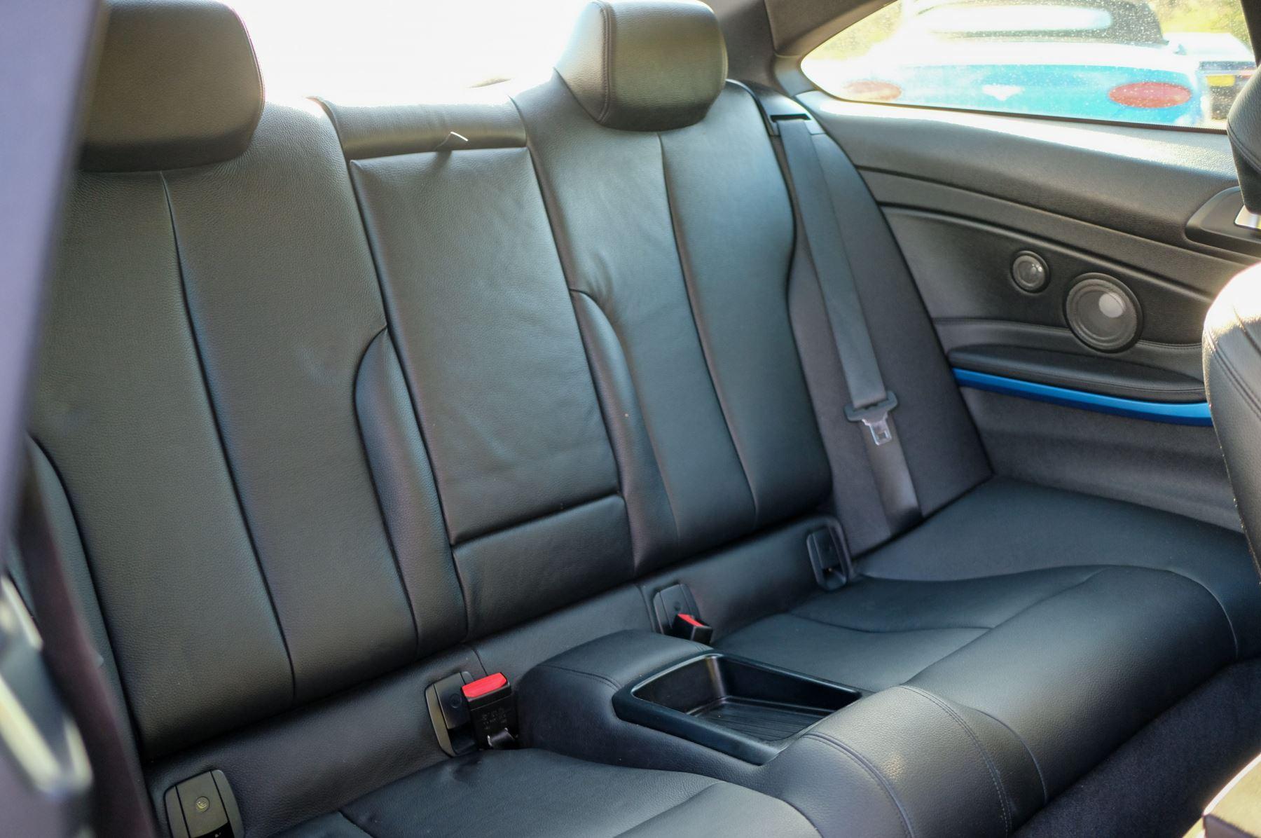 BMW 4 Series 430d M Sport 2dr [Professional Media] image 12