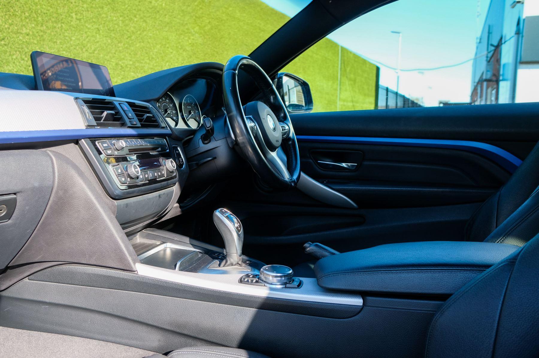 BMW 4 Series 430d M Sport 2dr [Professional Media] image 16