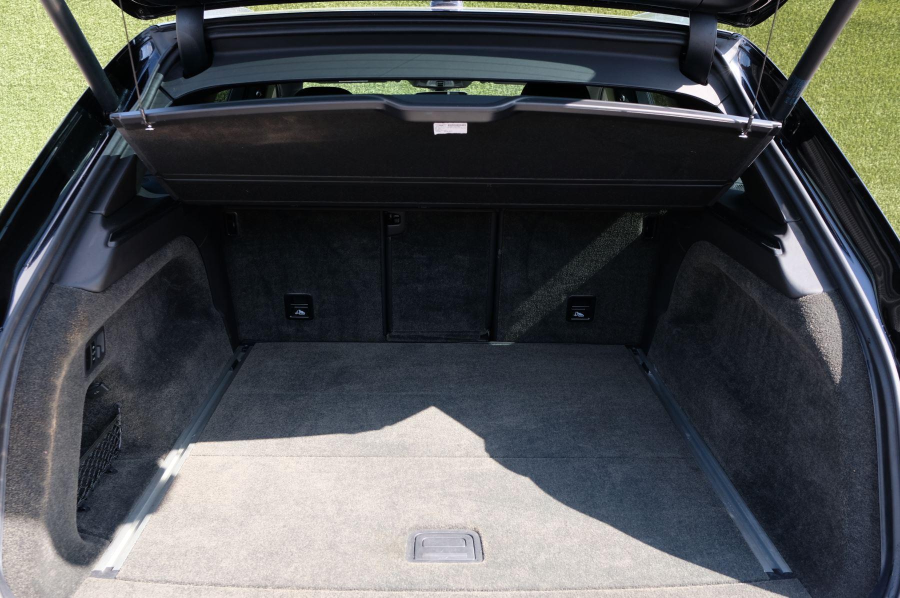 Bentley Bentayga 4.0 V8 5dr image 9
