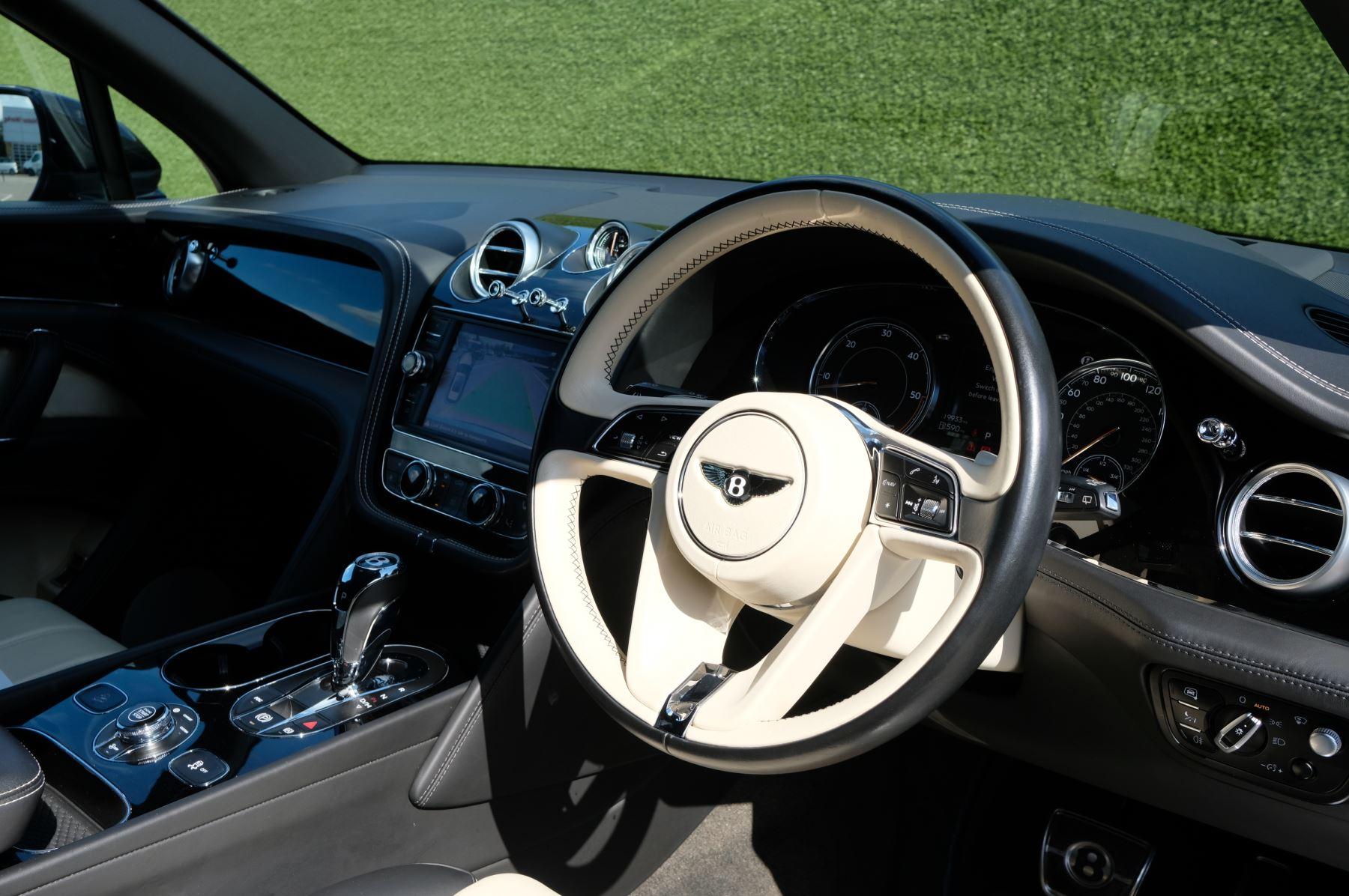 Bentley Bentayga 4.0 V8 5dr image 11