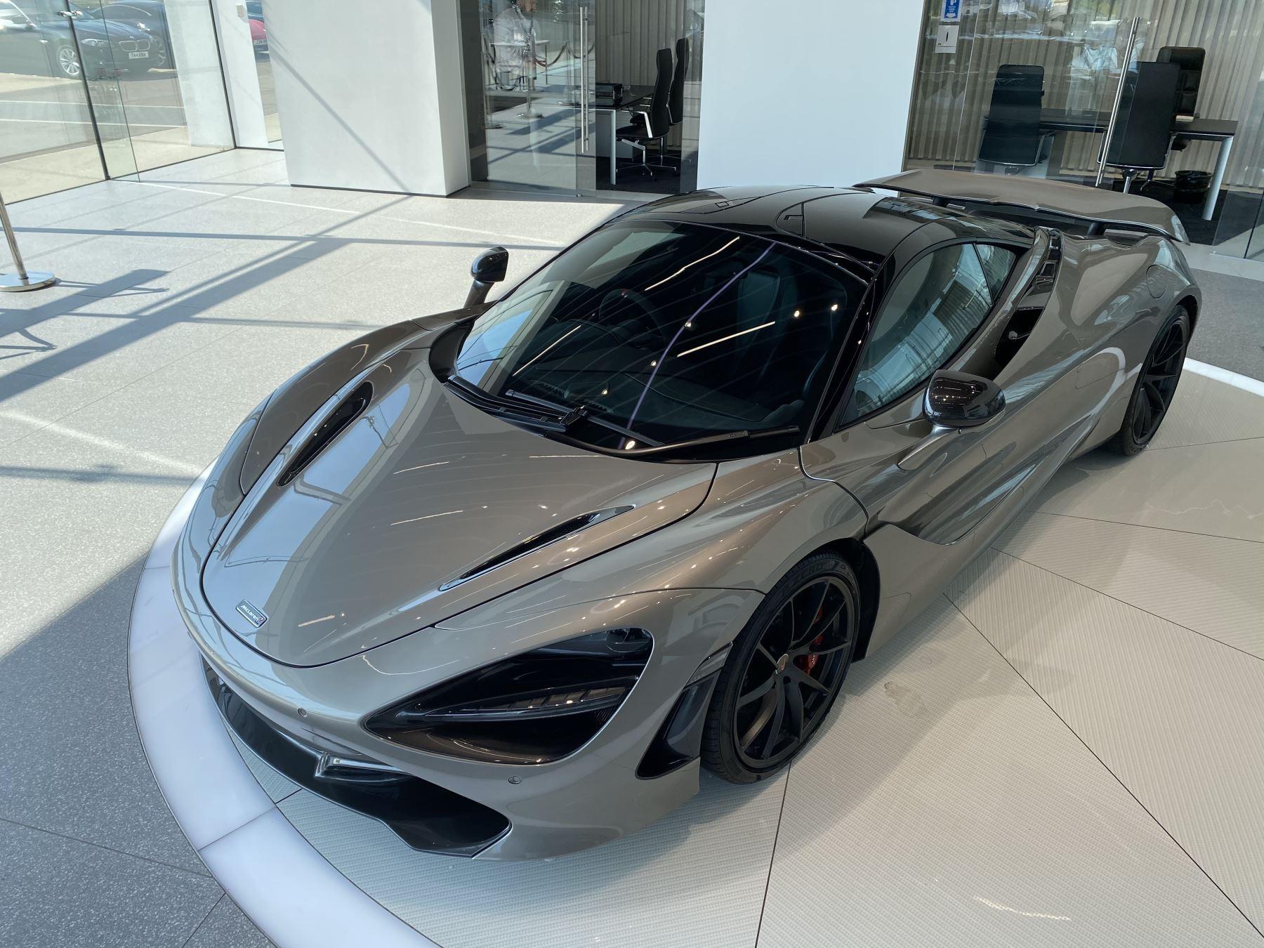 McLaren 720S 4.V8 2 DR PERFORMANCE image 9