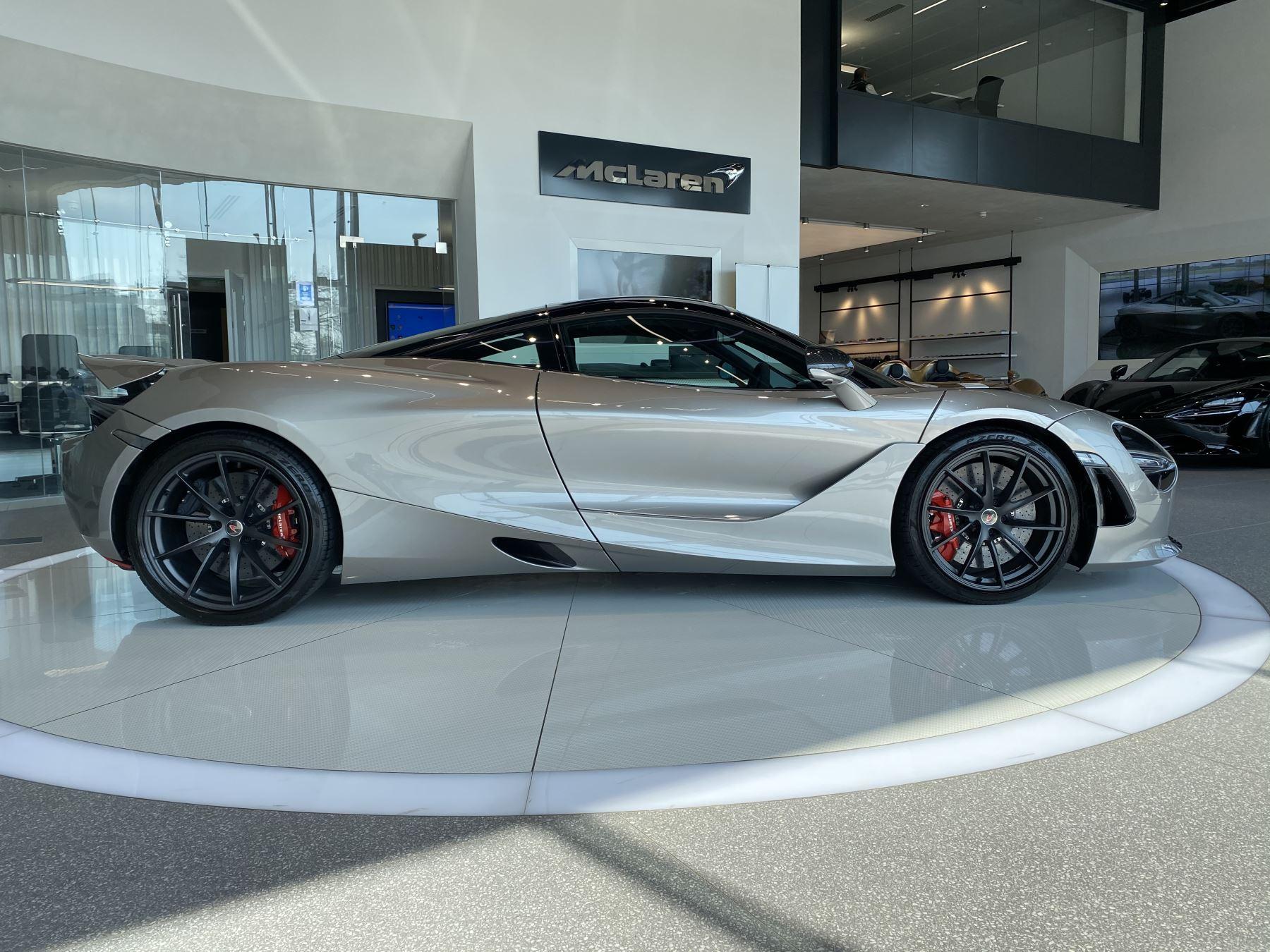 McLaren 720S 4.V8 2 DR PERFORMANCE image 18