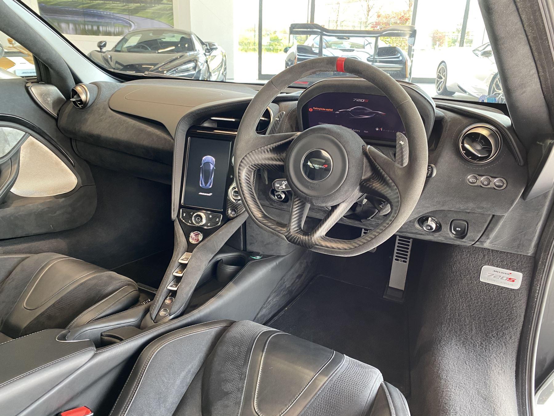 McLaren 720S 4.V8 2 DR PERFORMANCE image 28