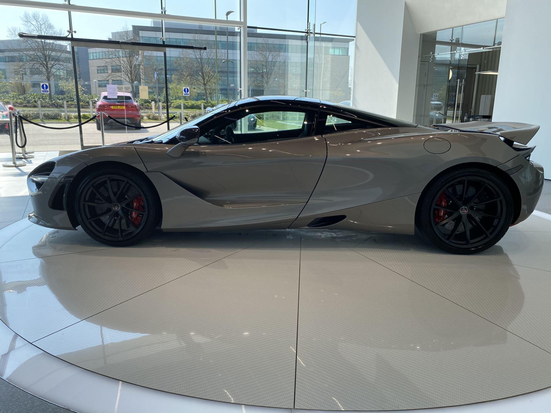 McLaren 720S 4.V8 2 DR PERFORMANCE image 35