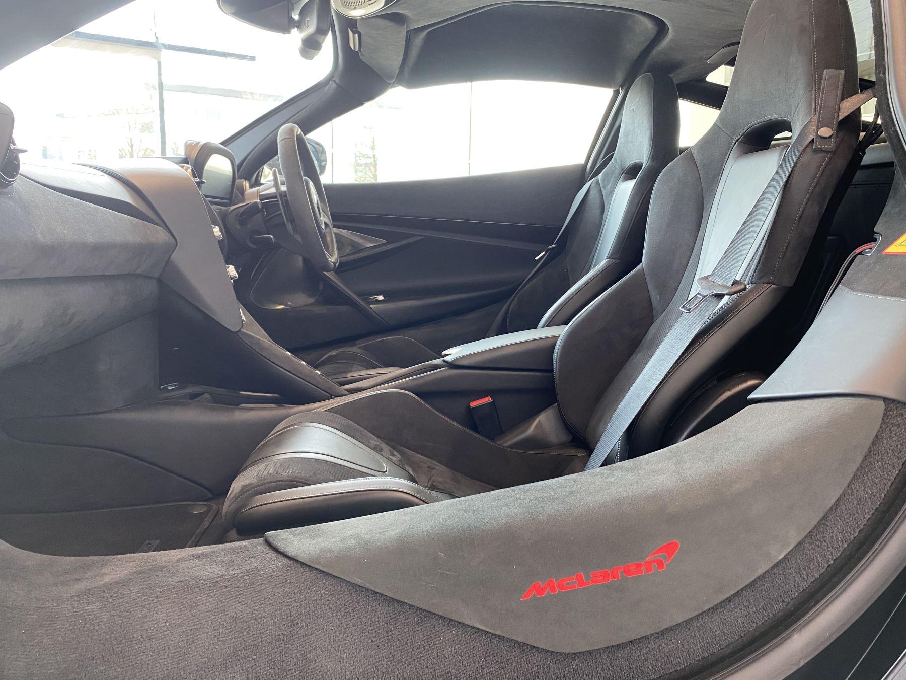 McLaren 720S 4.V8 2 DR PERFORMANCE image 43