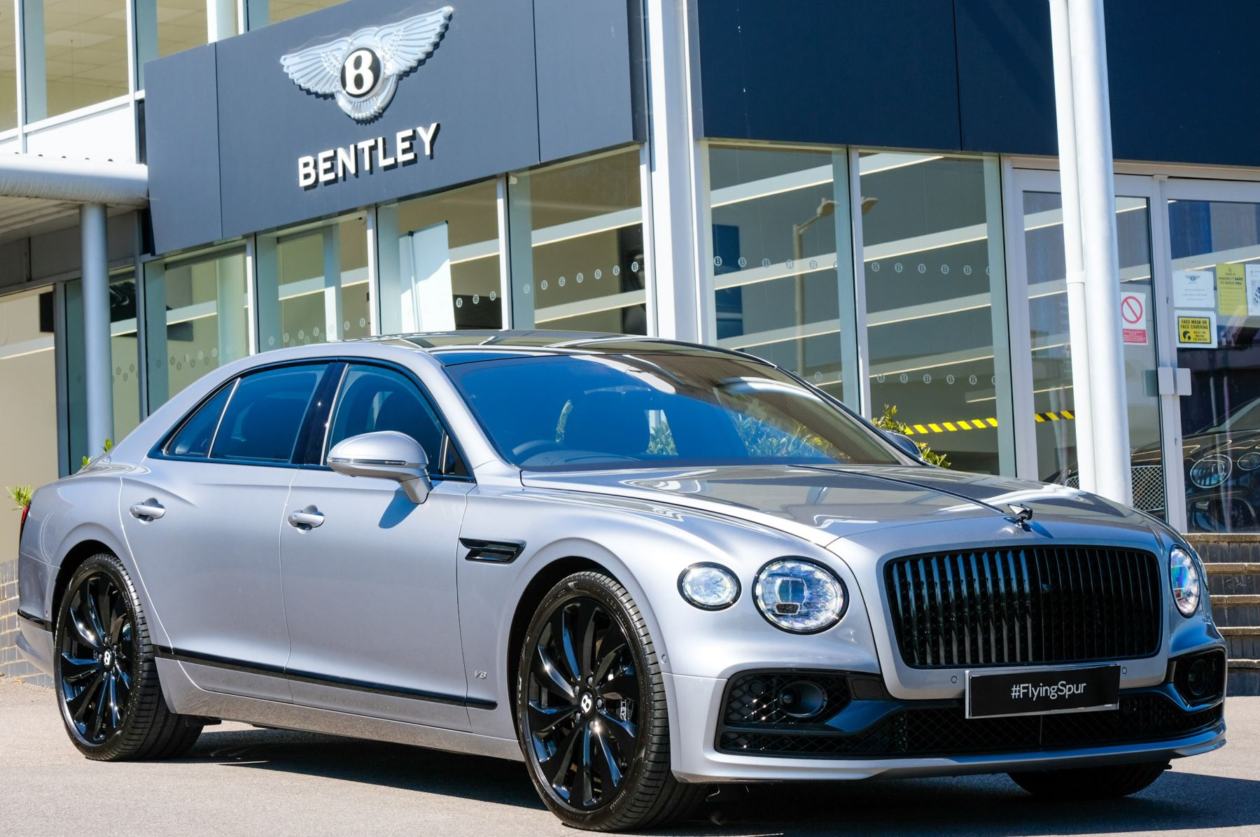 Bentley Flying Spur 4.0 V8 Mulliner Driving Spec 4dr Auto - Touring and City Specification Automatic Saloon