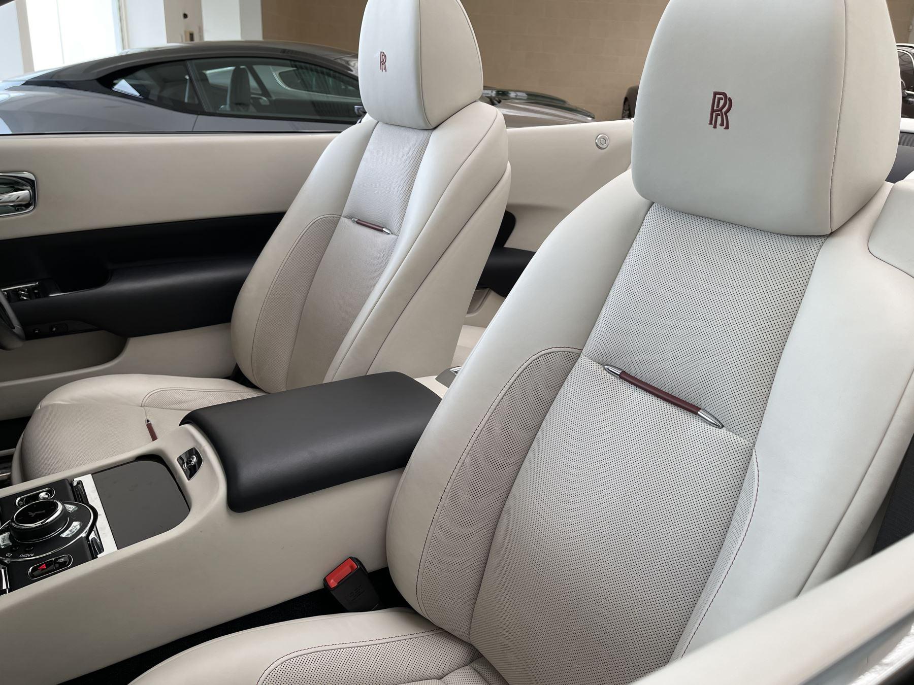 Rolls-Royce Dawn 2dr Auto image 12